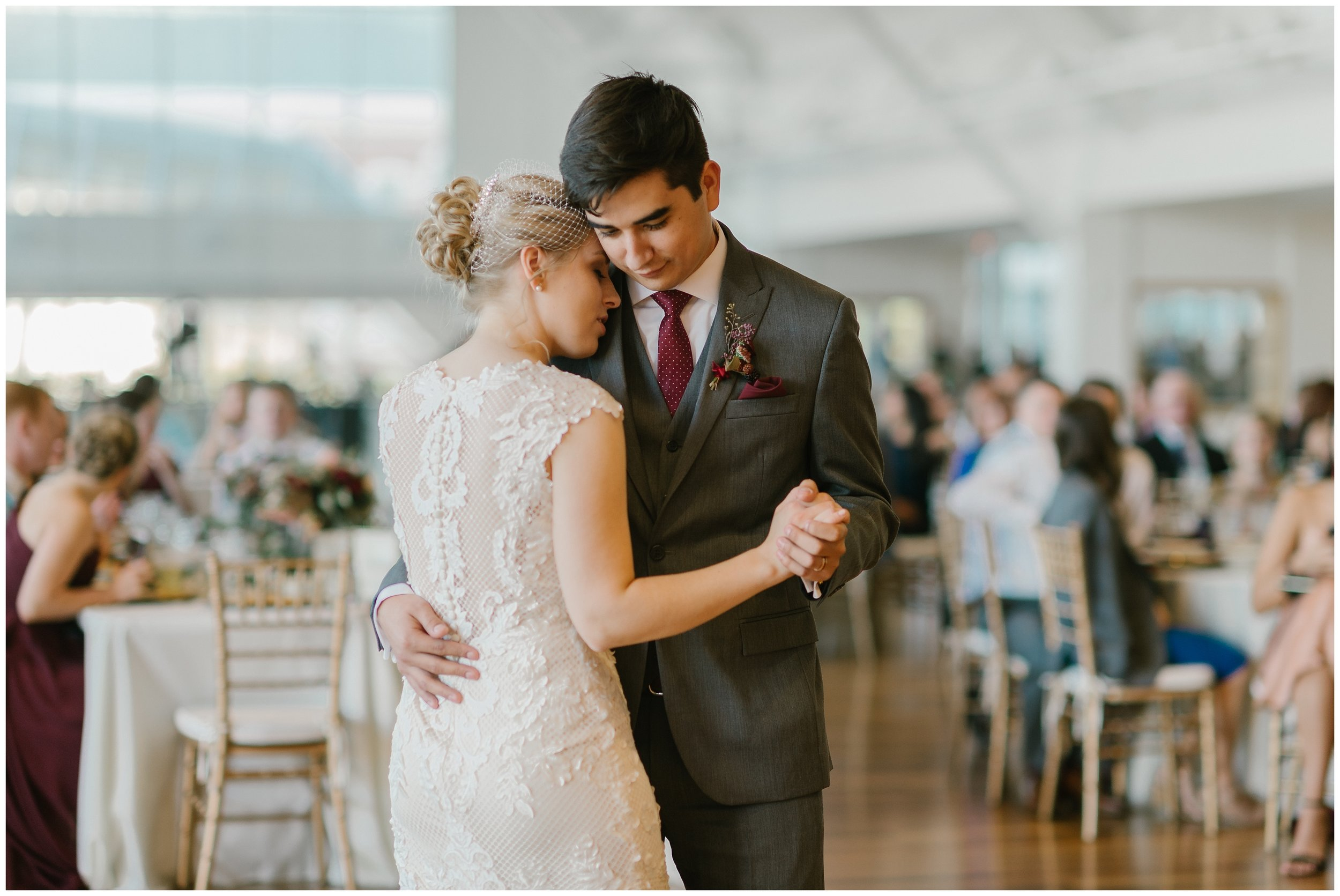 Rebecca_Shehorn_Photography_Indianapolis_Wedding_Photographer_7369.jpg