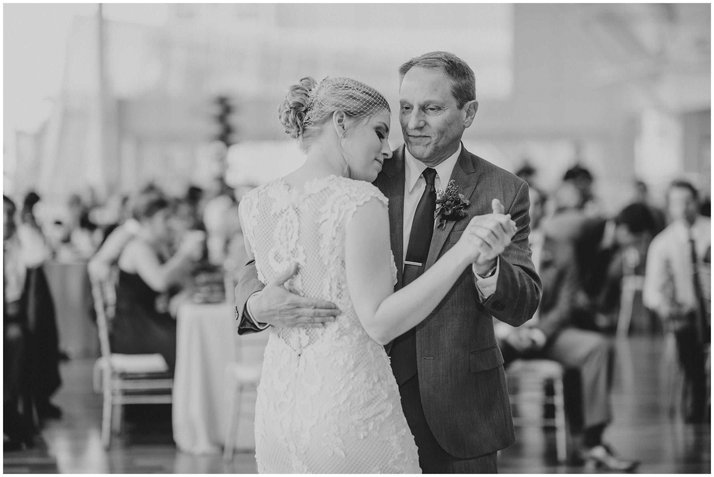 Rebecca_Shehorn_Photography_Indianapolis_Wedding_Photographer_7374.jpg
