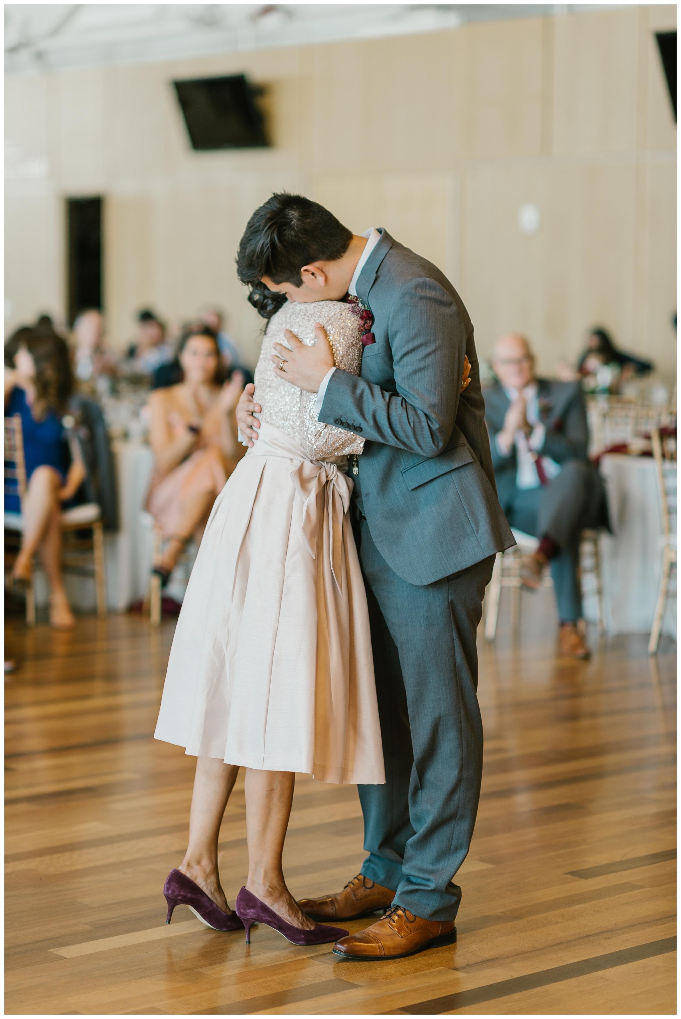 Rebecca_Shehorn_Photography_Indianapolis_Wedding_Photographer_7376.jpg