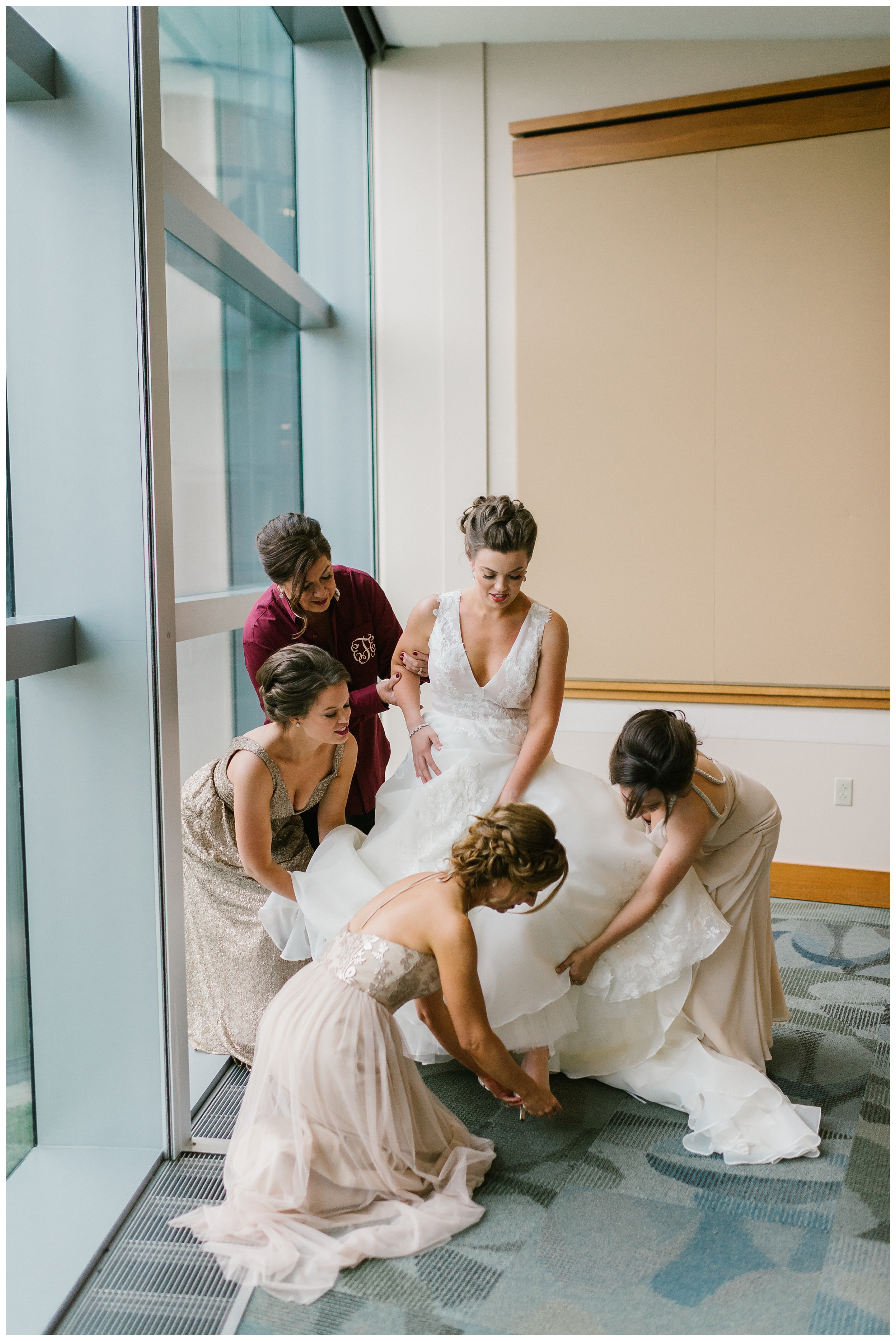 Rebecca_Shehorn_Photography_Indianapolis_Wedding_Photographer_7705.jpg