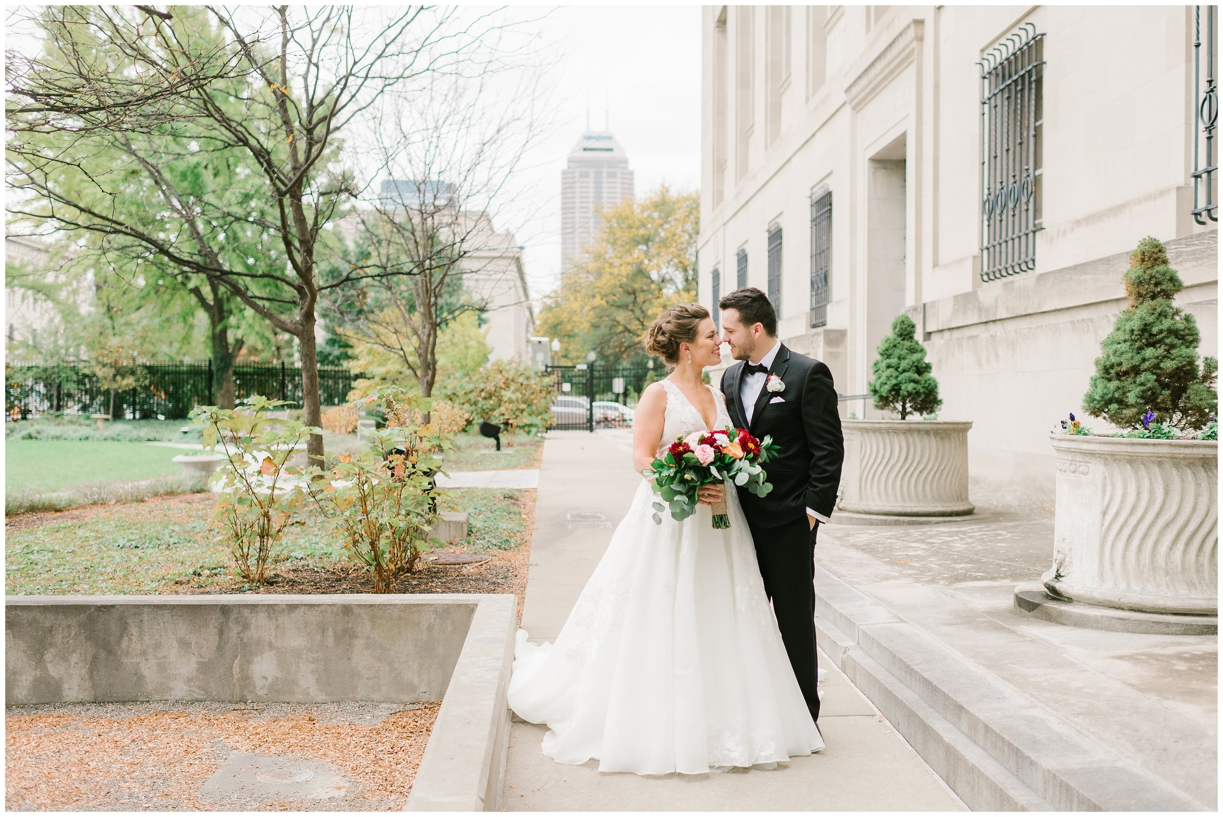 Rebecca_Shehorn_Photography_Indianapolis_Wedding_Photographer_7711.jpg