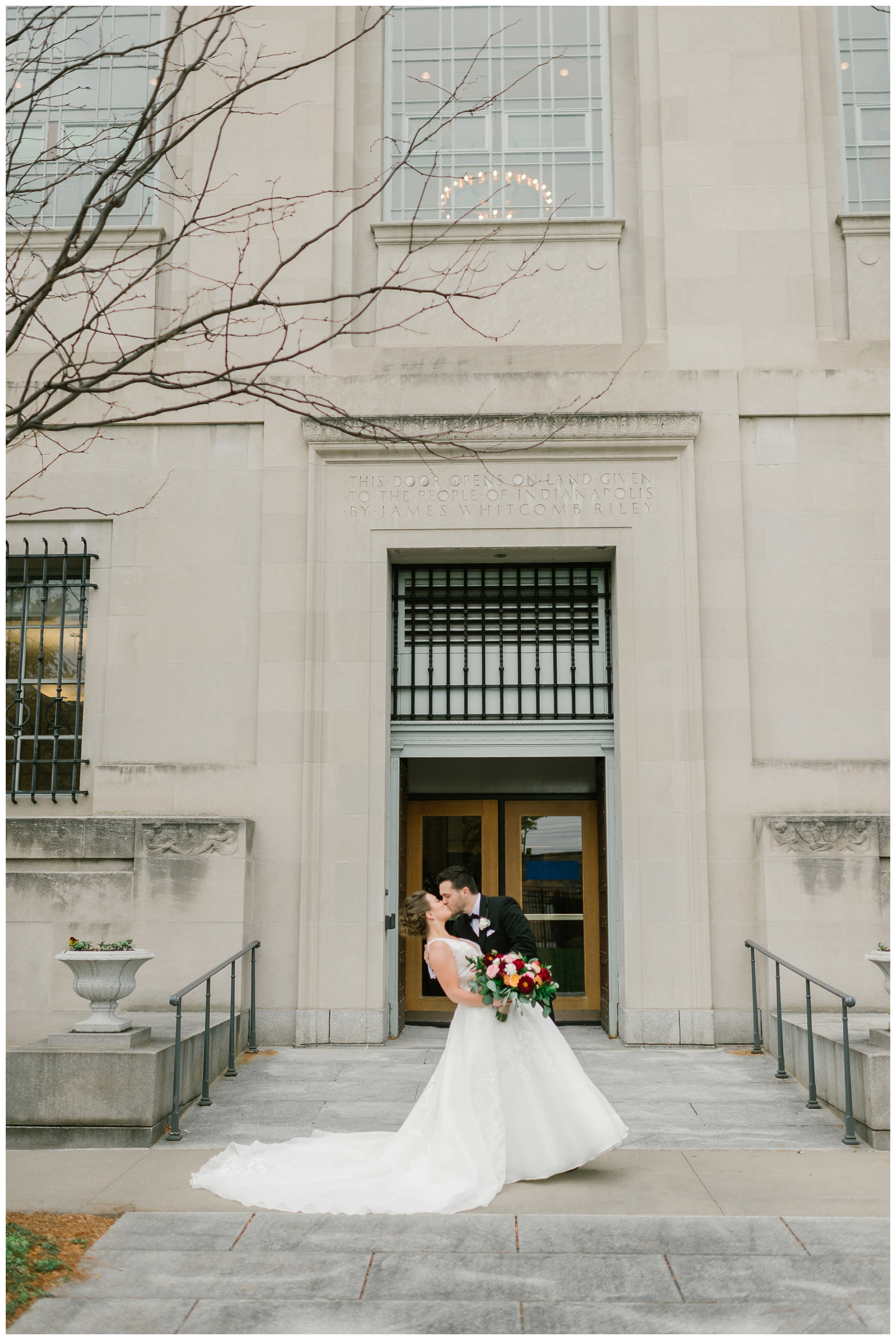 Rebecca_Shehorn_Photography_Indianapolis_Wedding_Photographer_7717.jpg