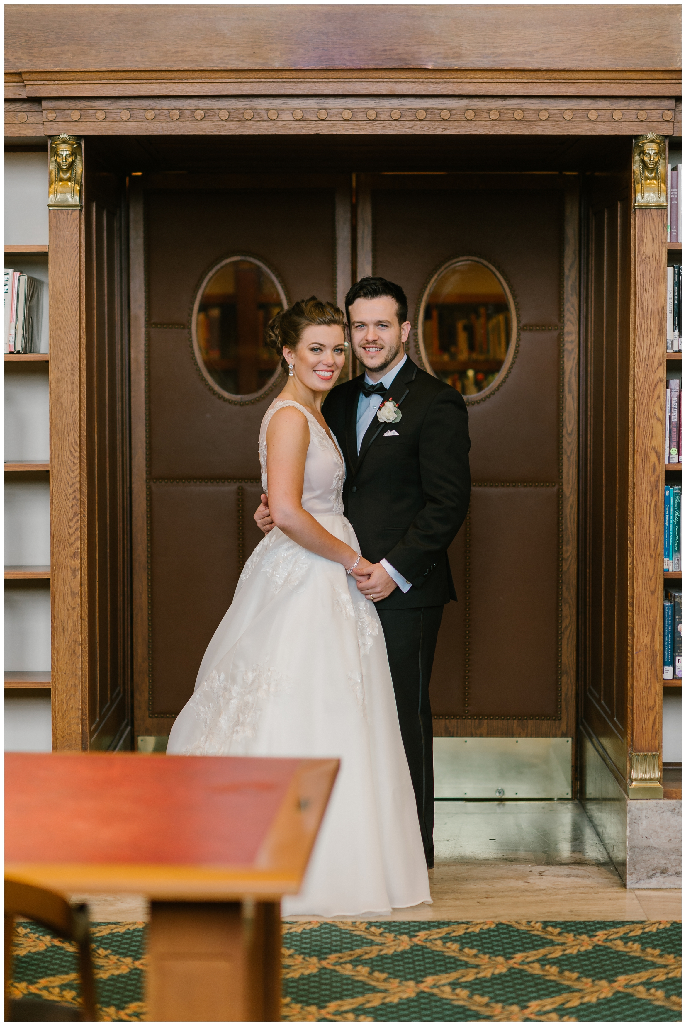 Rebecca_Shehorn_Photography_Indianapolis_Wedding_Photographer_7729.jpg