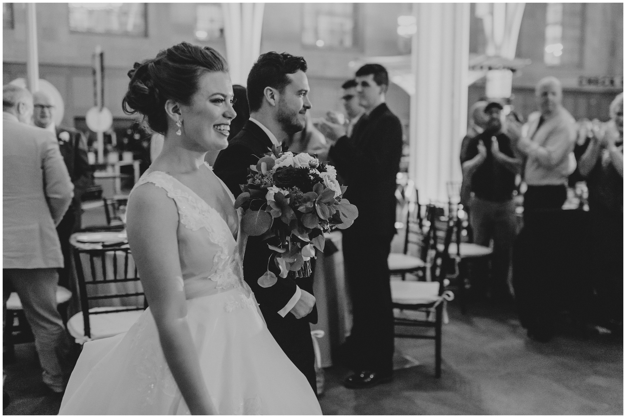 Rebecca_Shehorn_Photography_Indianapolis_Wedding_Photographer_7770.jpg