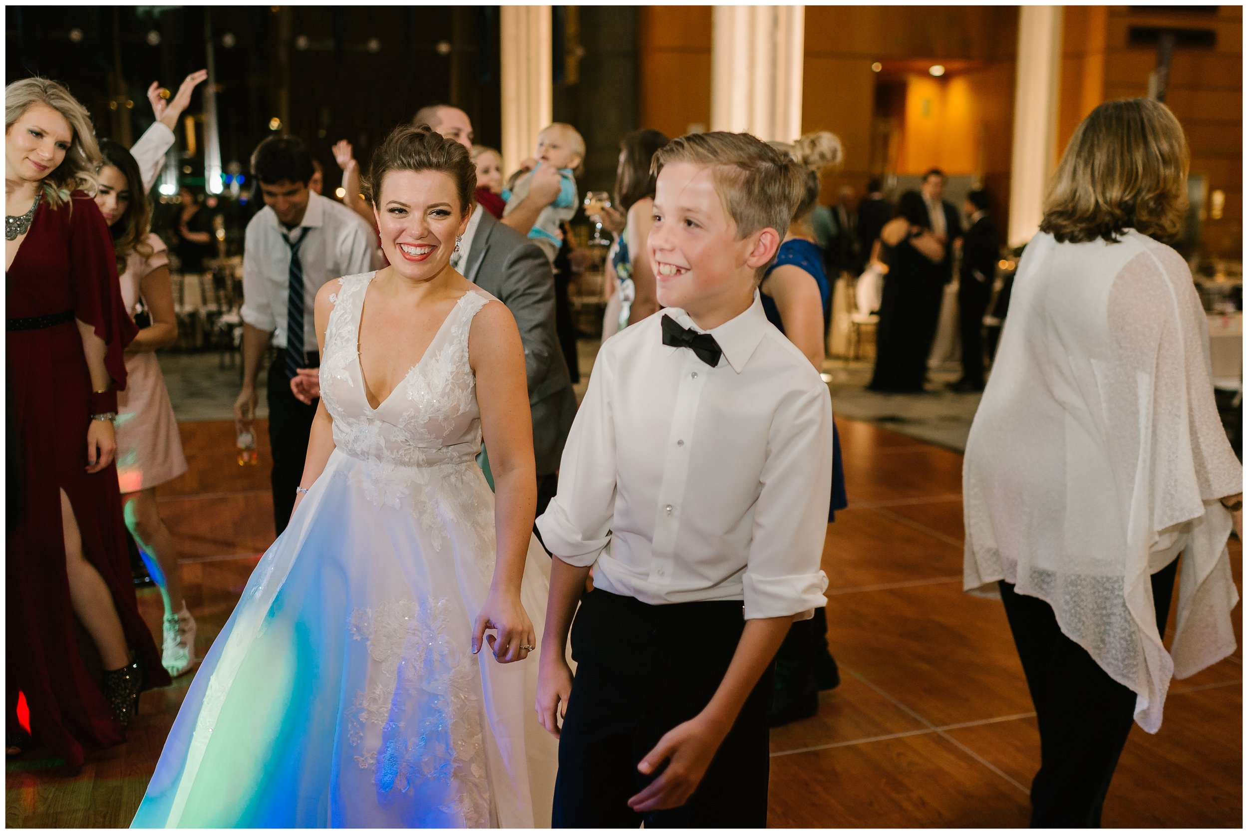 Rebecca_Shehorn_Photography_Indianapolis_Wedding_Photographer_7805.jpg