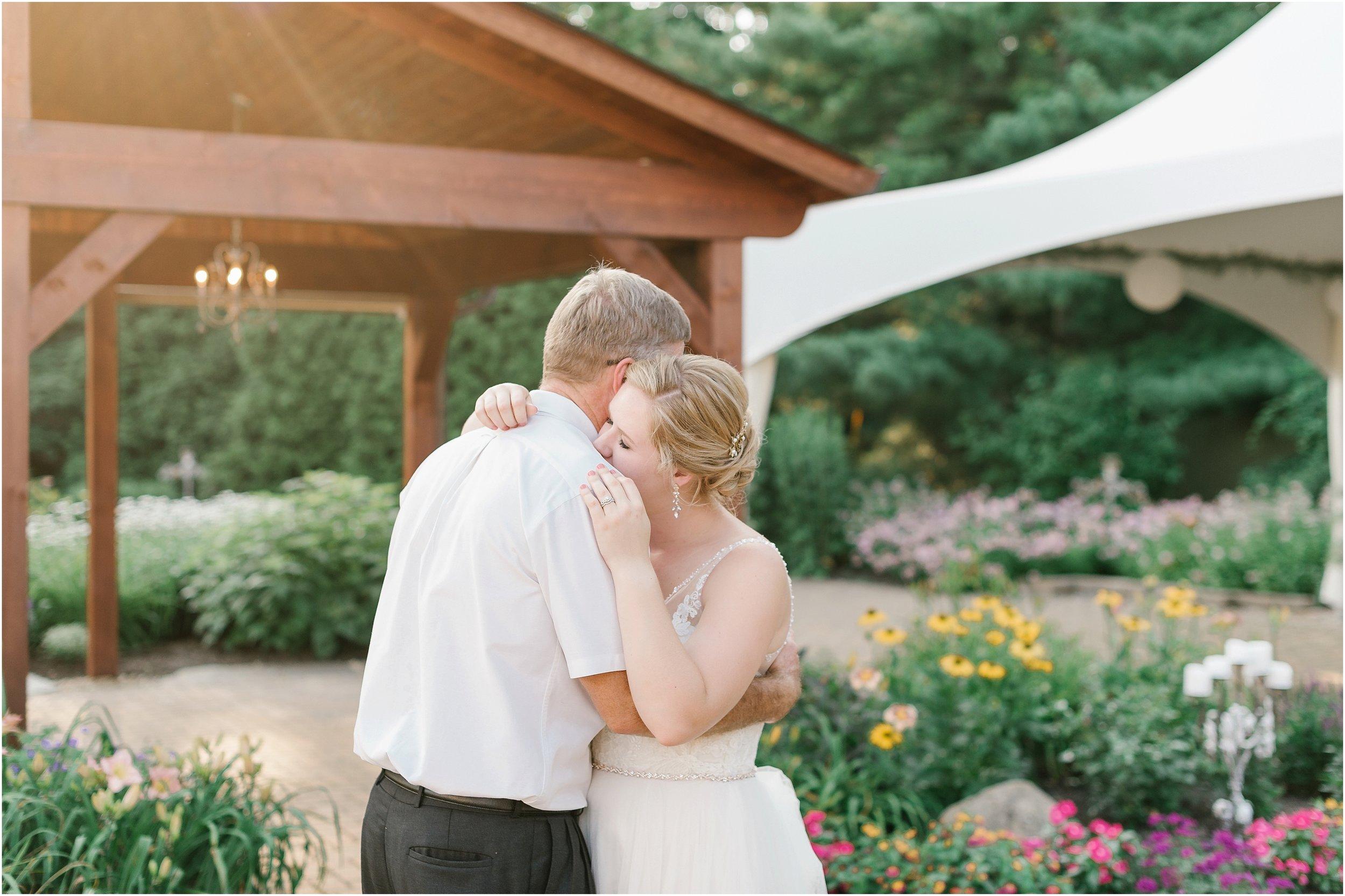 Rebecca_Shehorn_Photography_Indianapolis_Wedding_Photographer_8516.jpg