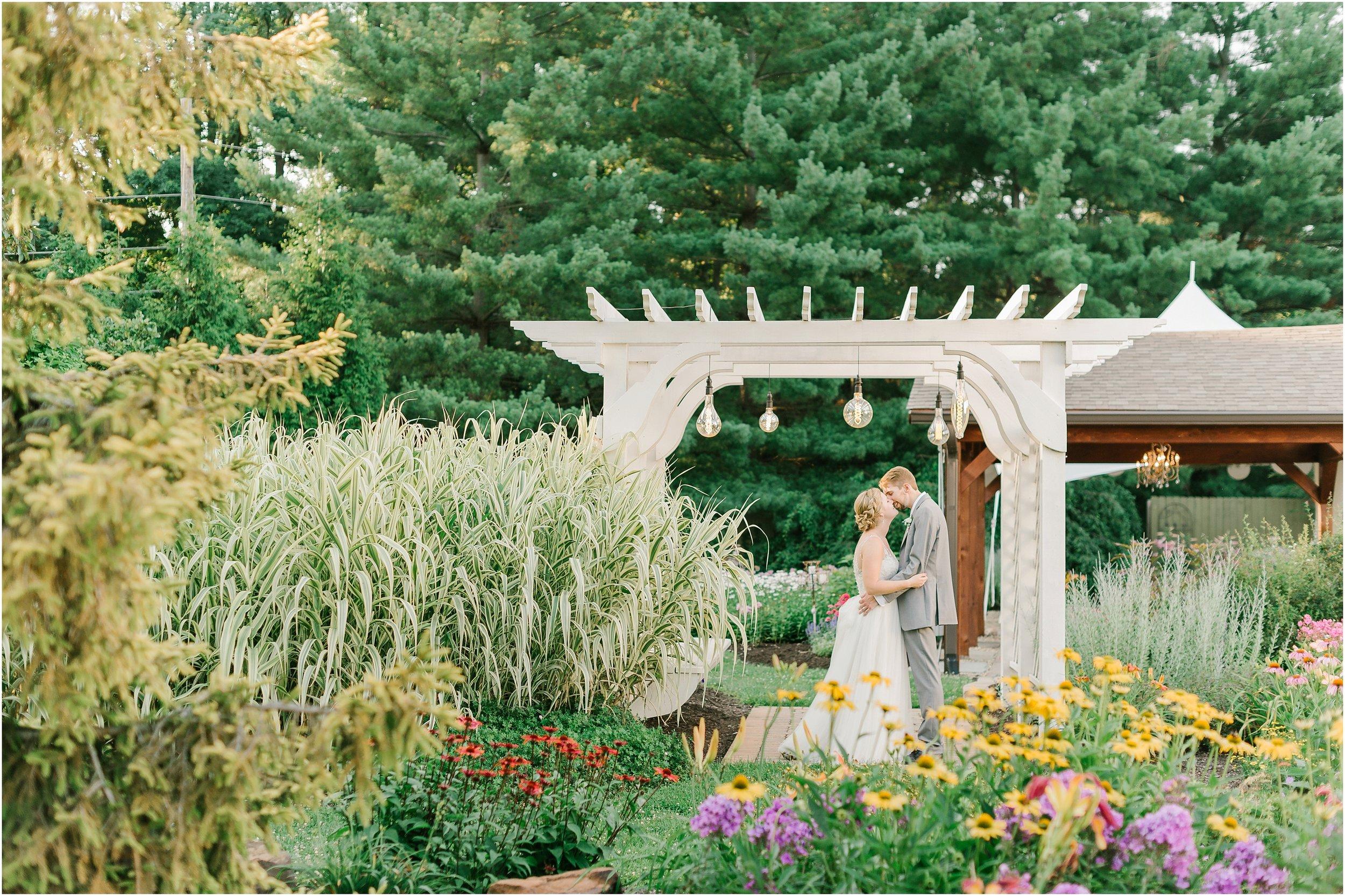 Rebecca_Shehorn_Photography_Indianapolis_Wedding_Photographer_8523.jpg