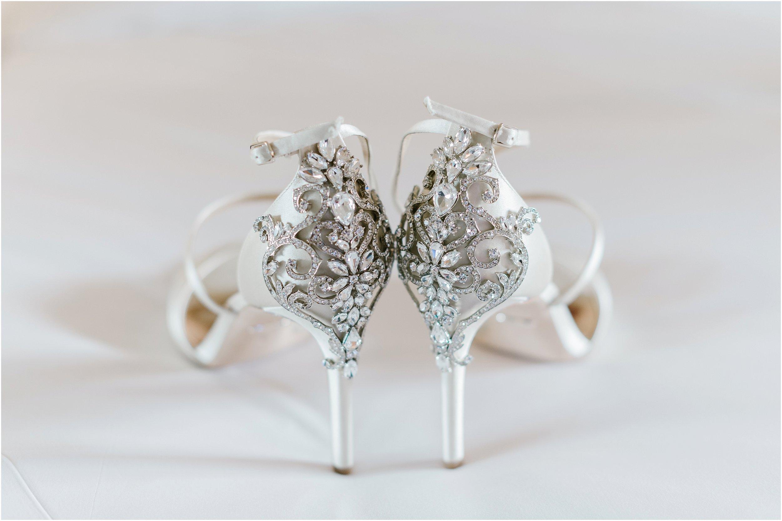 Rebecca_Shehorn_Photography_Indianapolis_Wedding_Photographer_8535.jpg