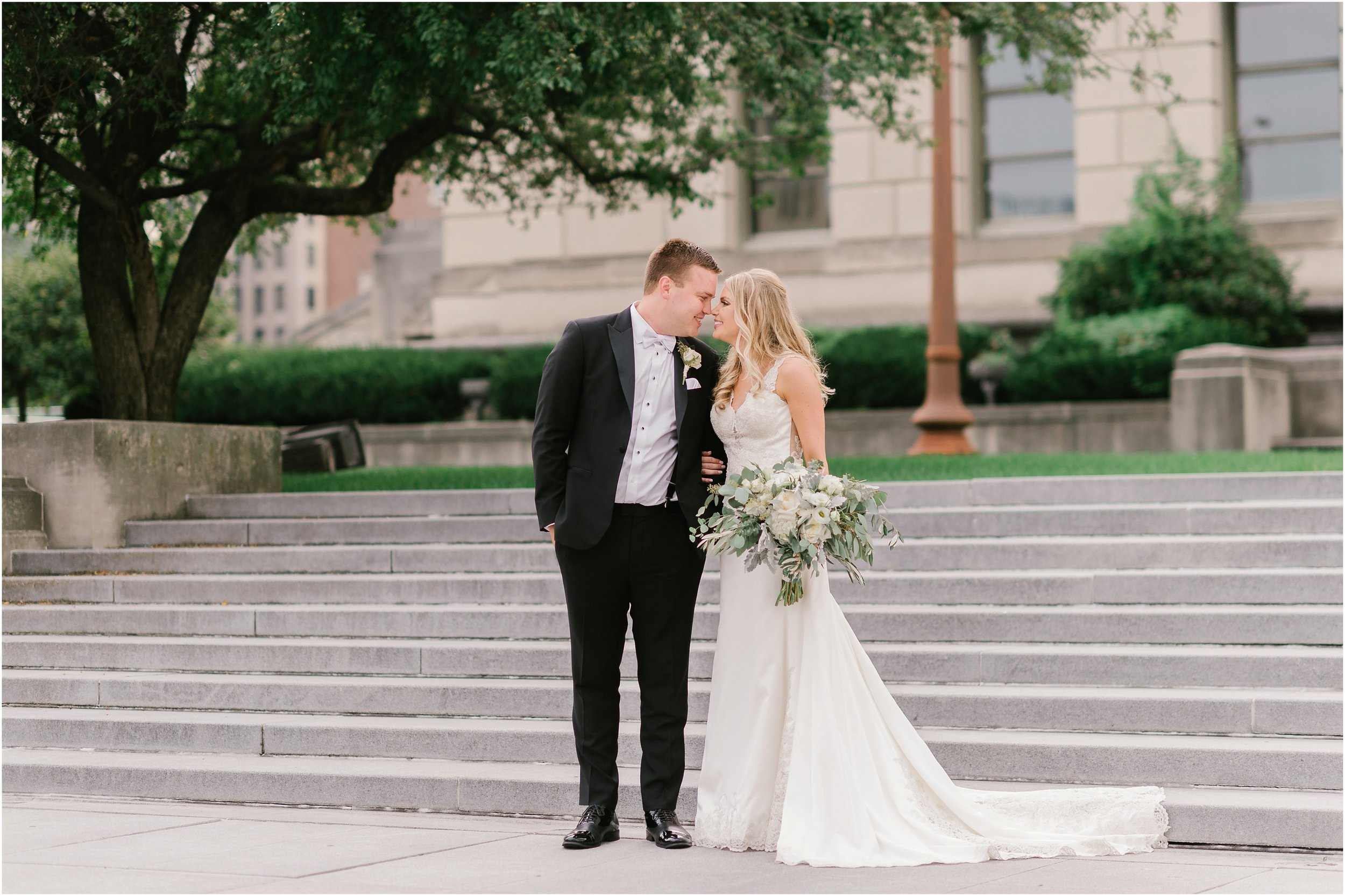 Rebecca_Shehorn_Photography_Indianapolis_Wedding_Photographer_8970.jpg