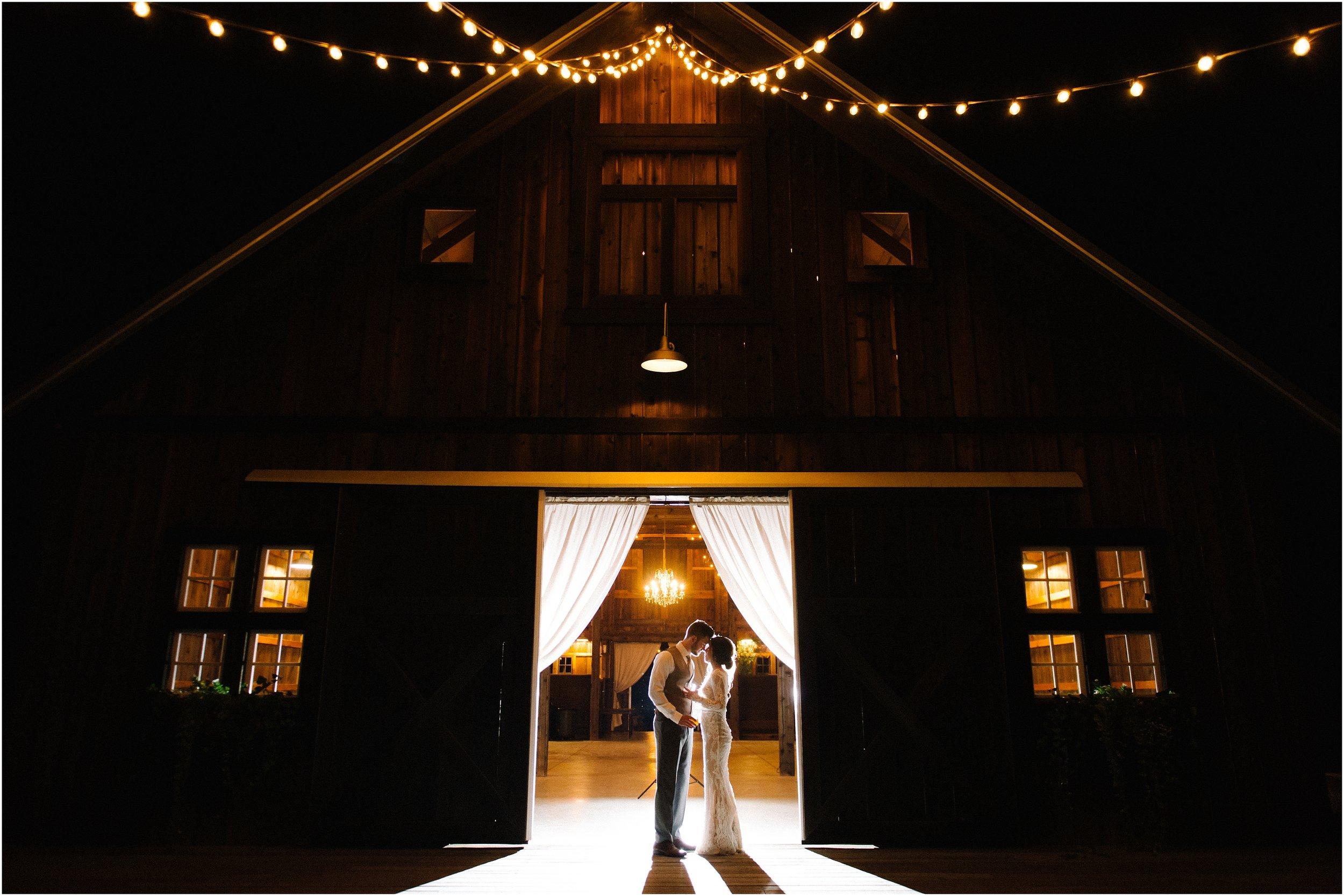Rebecca_Shehorn_Photography_Indianapolis_Wedding_Photographer_9299.jpg