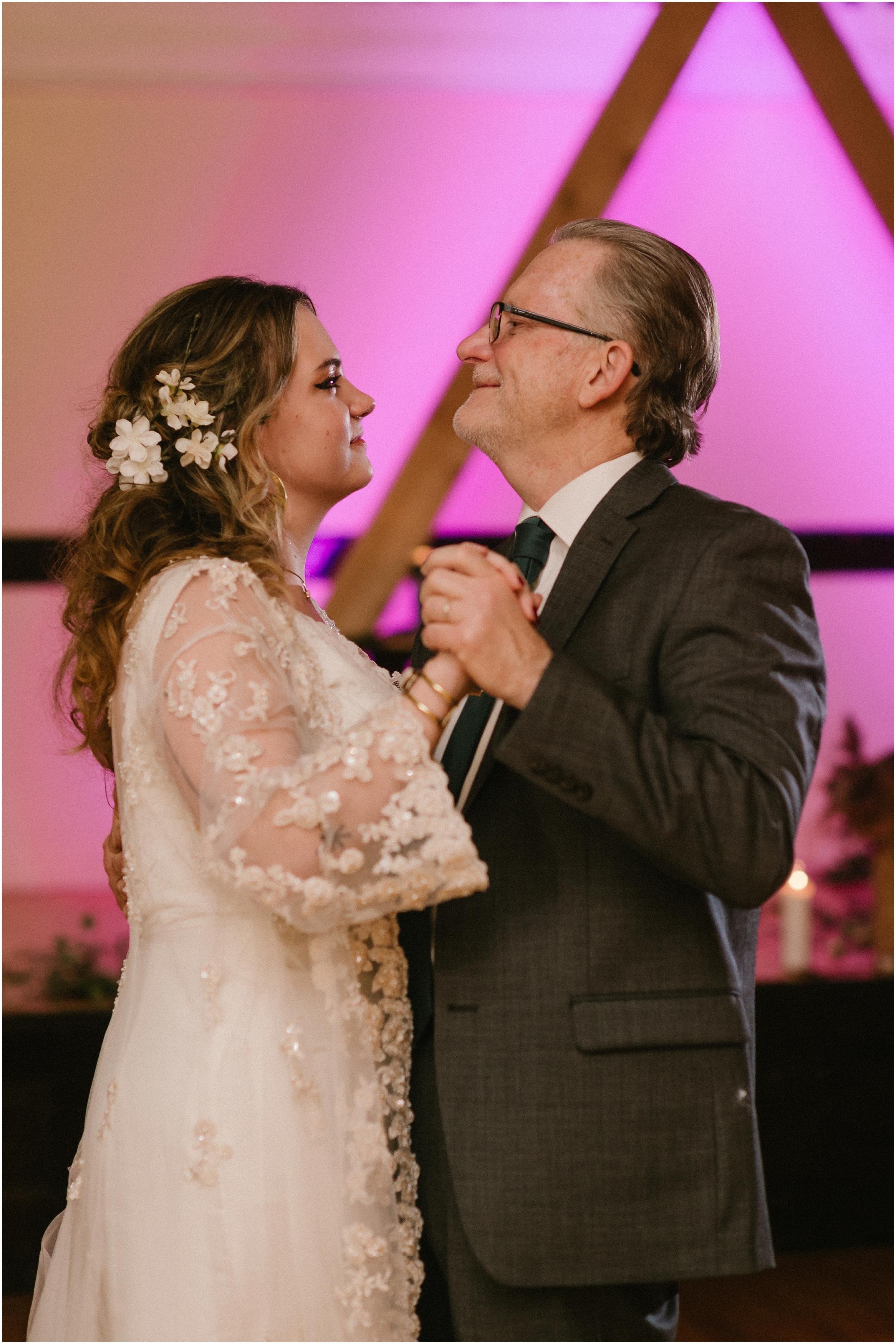 Rebecca_Shehorn_Photography_Indianapolis_Wedding_Photographer_9481.jpg