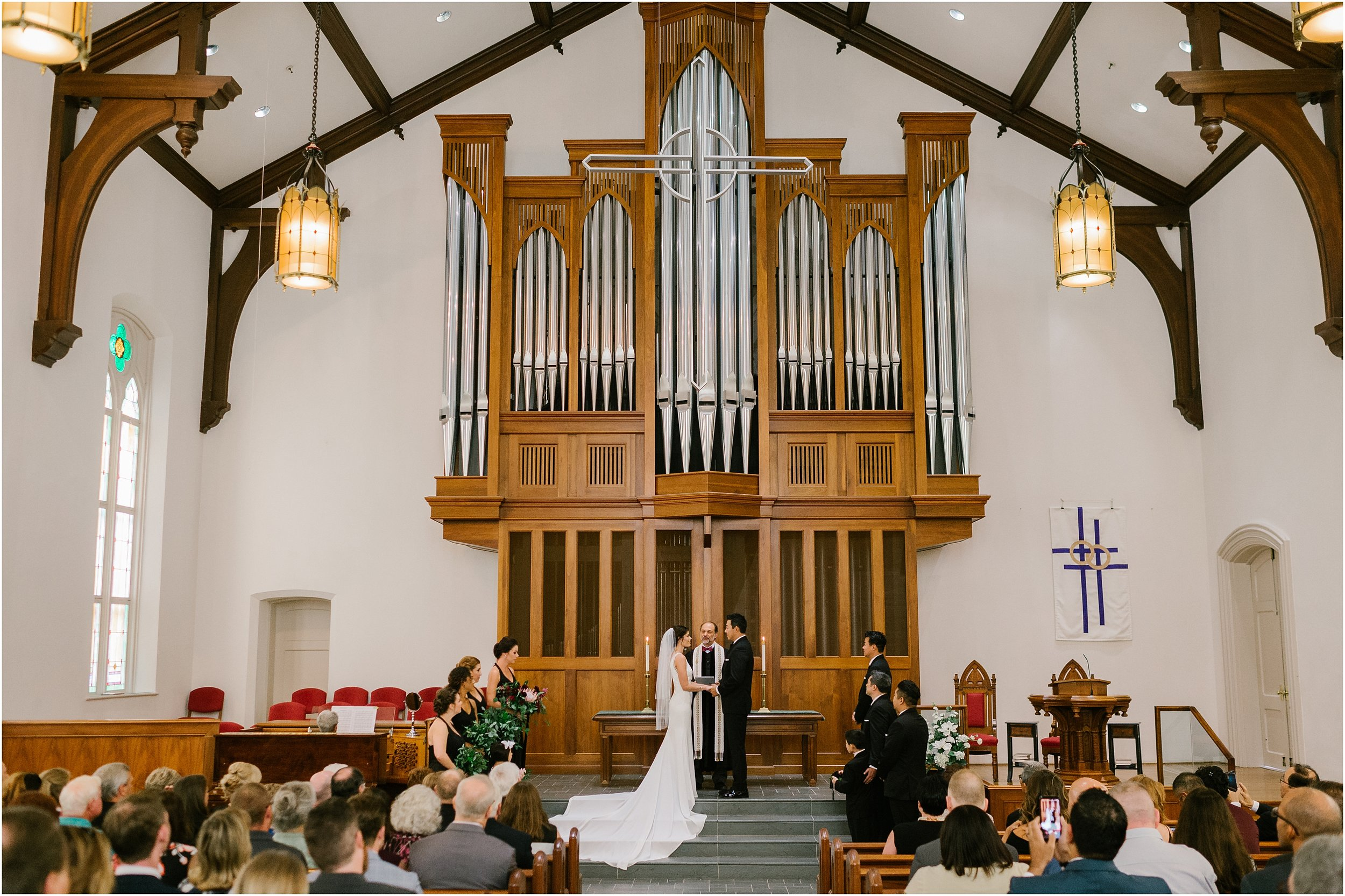 Rebecca_Shehorn_Photography_Indianapolis Wedding Photographer Sycamore at Mallow Run Wedding_9728.jpg