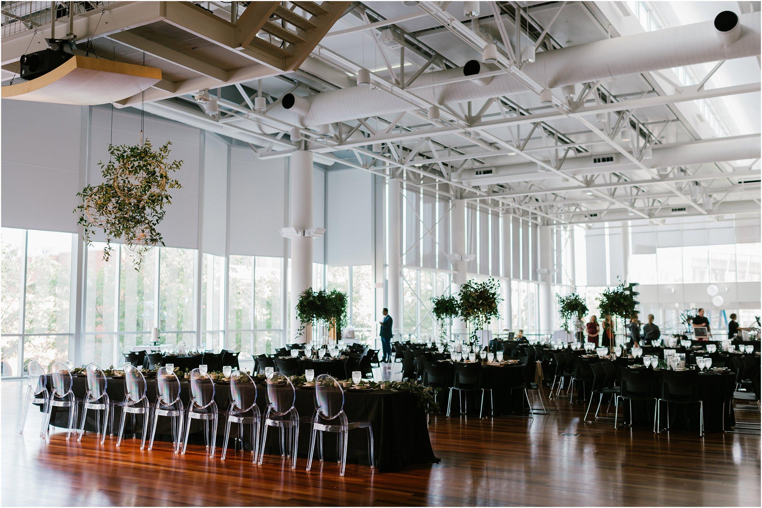 Rebecca_Shehorn_Photography_Indianapolis Wedding Photographer Sycamore at Mallow Run Wedding_9756.jpg