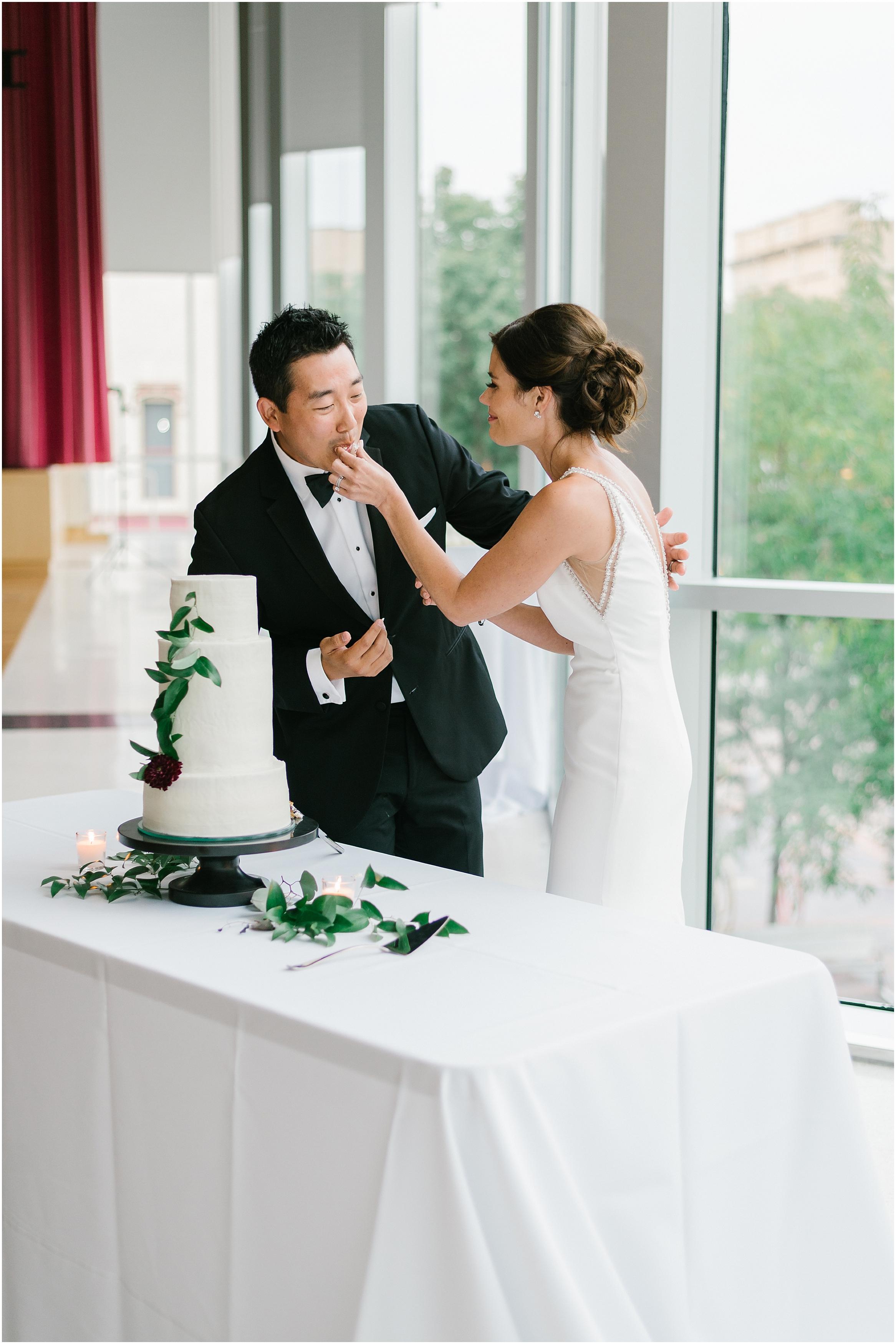 Rebecca_Shehorn_Photography_Indianapolis Wedding Photographer Sycamore at Mallow Run Wedding_9763.jpg