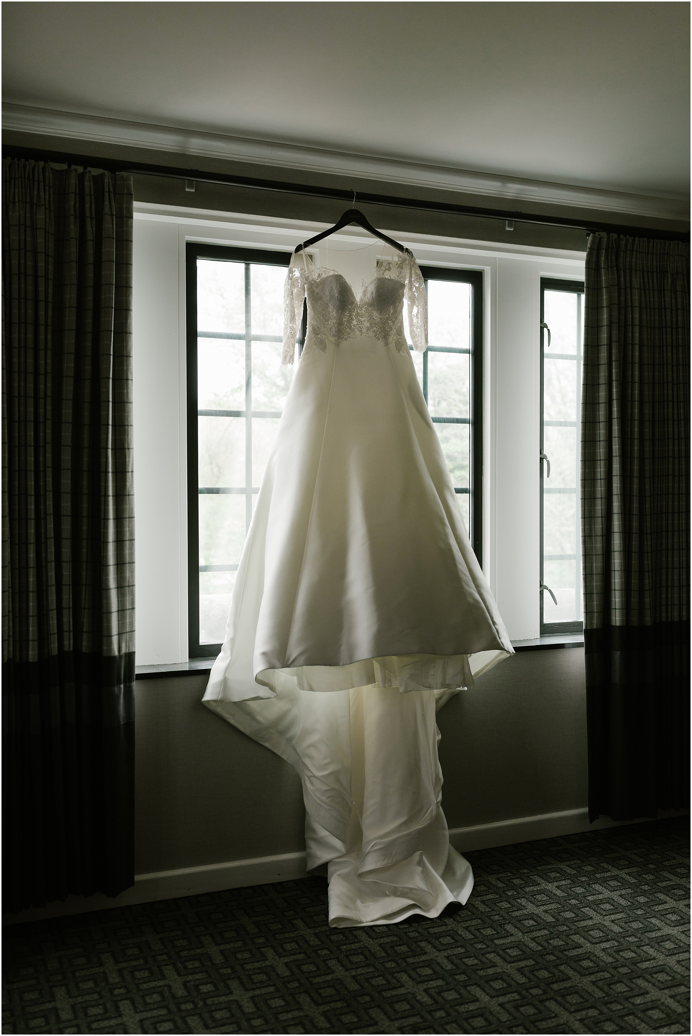 Rebecca Shehorn Photography Indianapolis Wedding Photographer IU Bloomington Wedding_0109.jpg