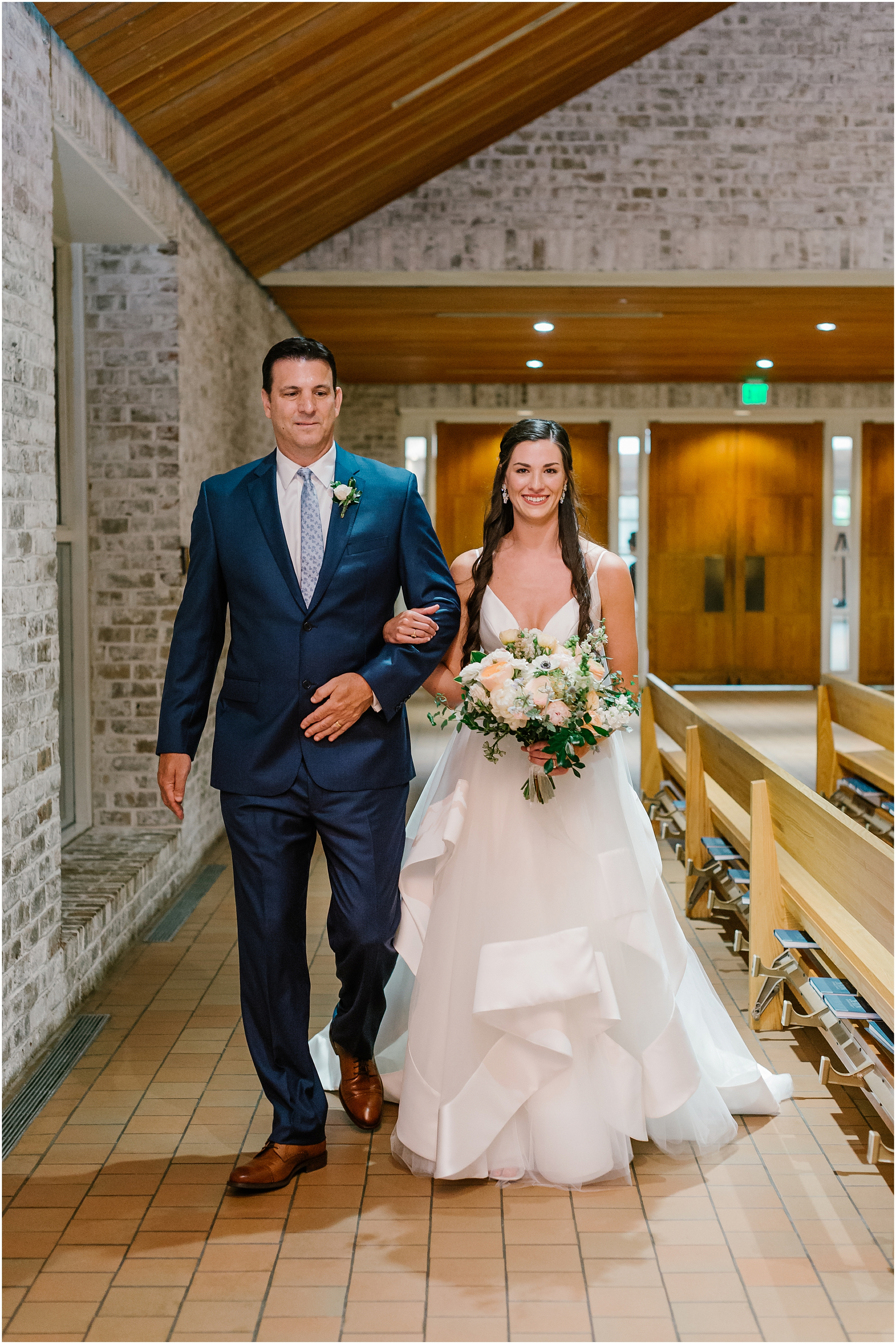 Rebecca Shehorn Photography Indianapolis Wedding Photographer Woodland Country Club Wedding_0179.jpg