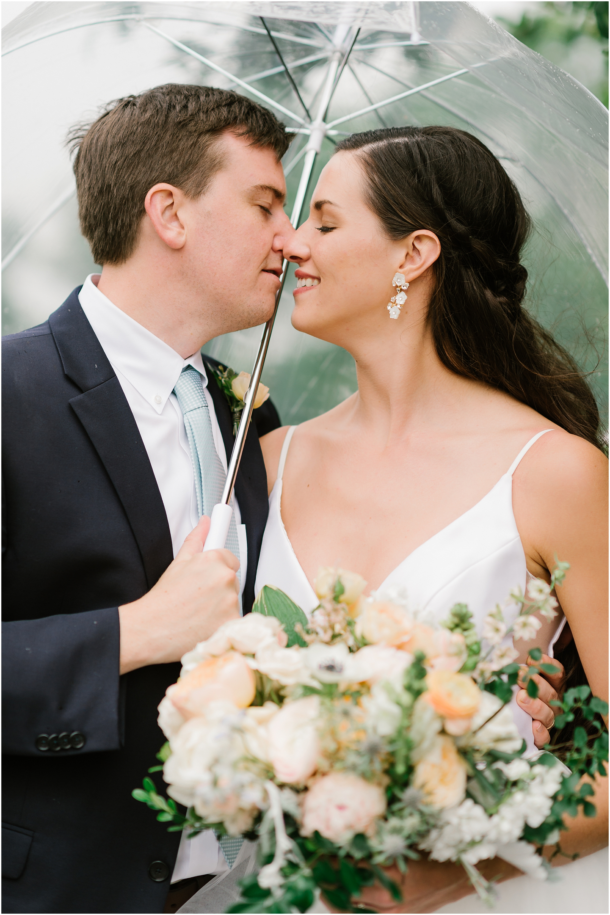 Rebecca Shehorn Photography Indianapolis Wedding Photographer Woodland Country Club Wedding_0211.jpg