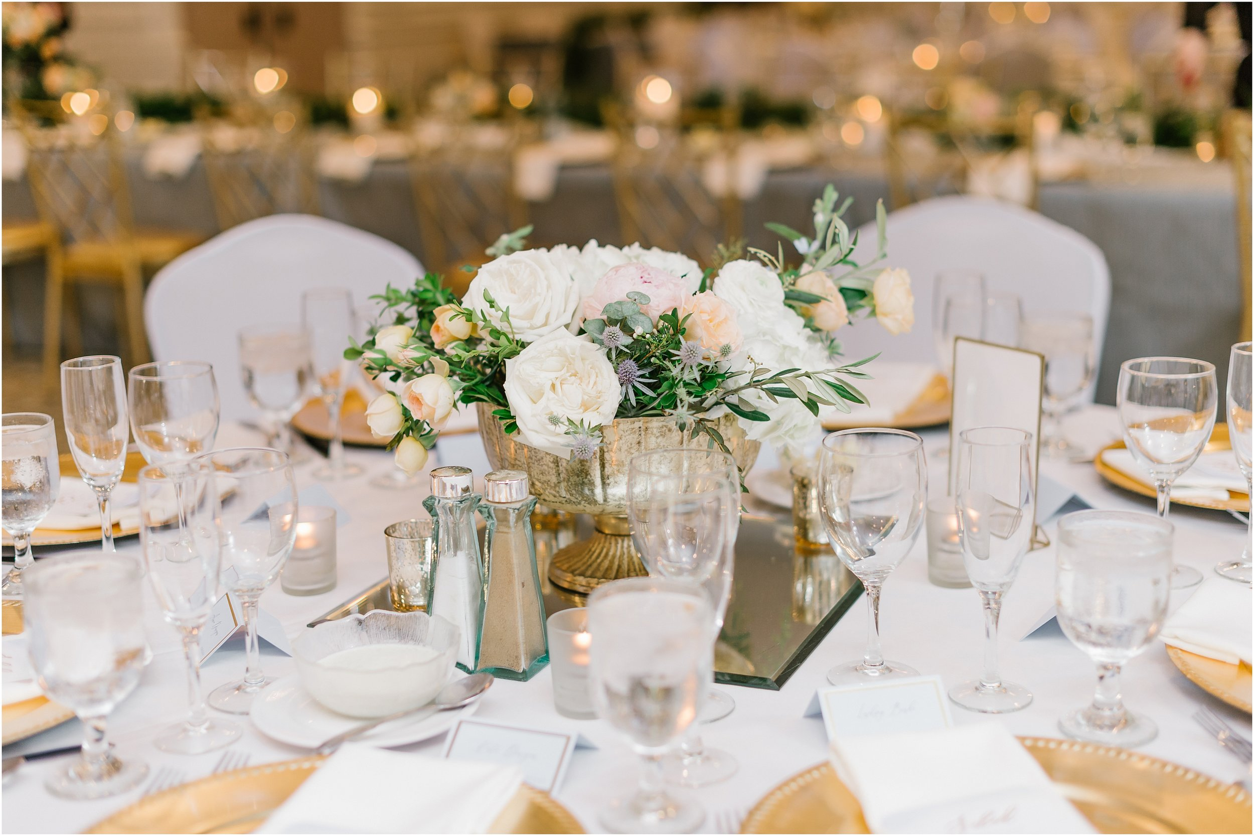 Rebecca Shehorn Photography Indianapolis Wedding Photographer Woodland Country Club Wedding_0216.jpg