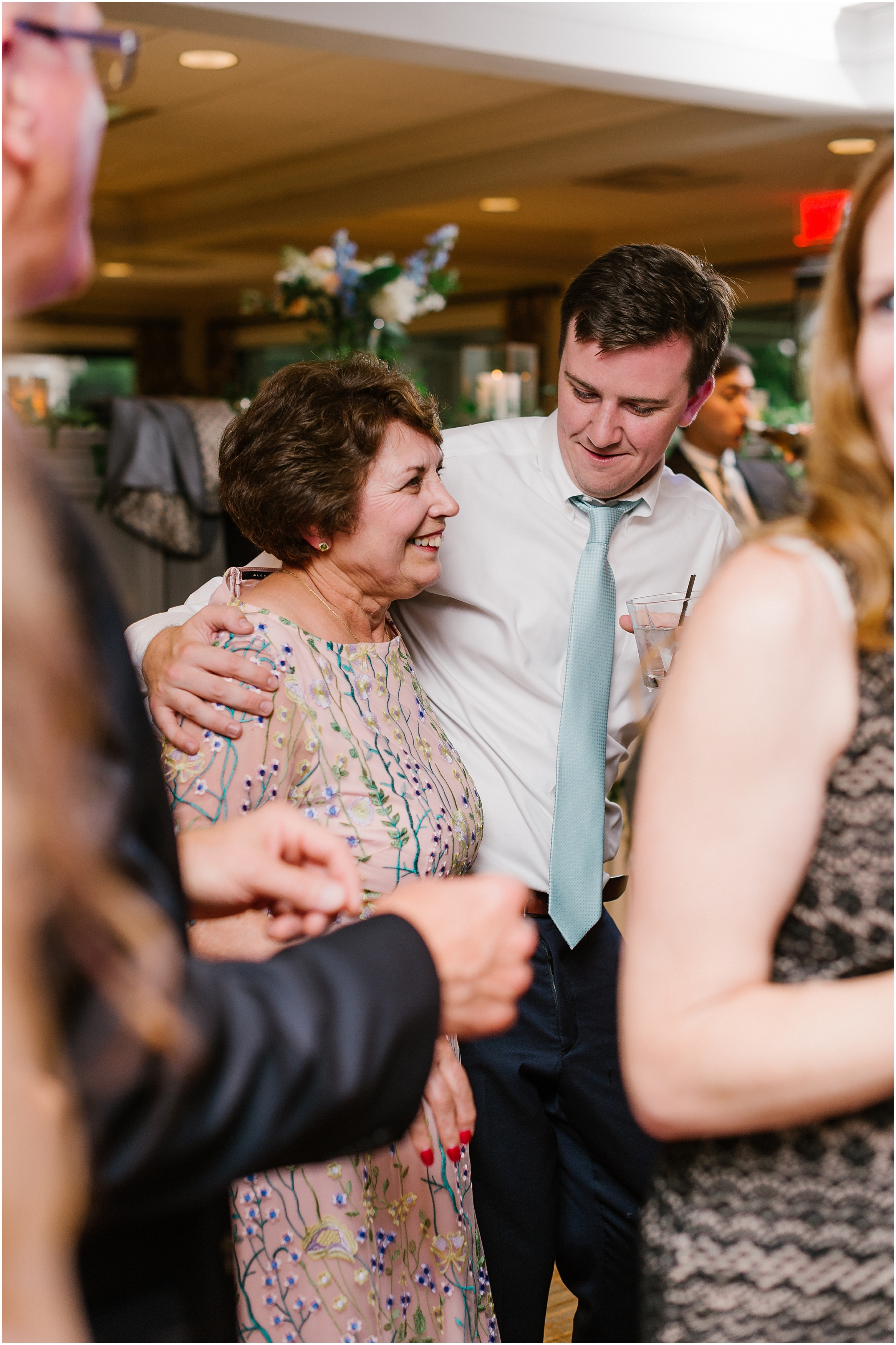 Rebecca Shehorn Photography Indianapolis Wedding Photographer Woodland Country Club Wedding_0236.jpg