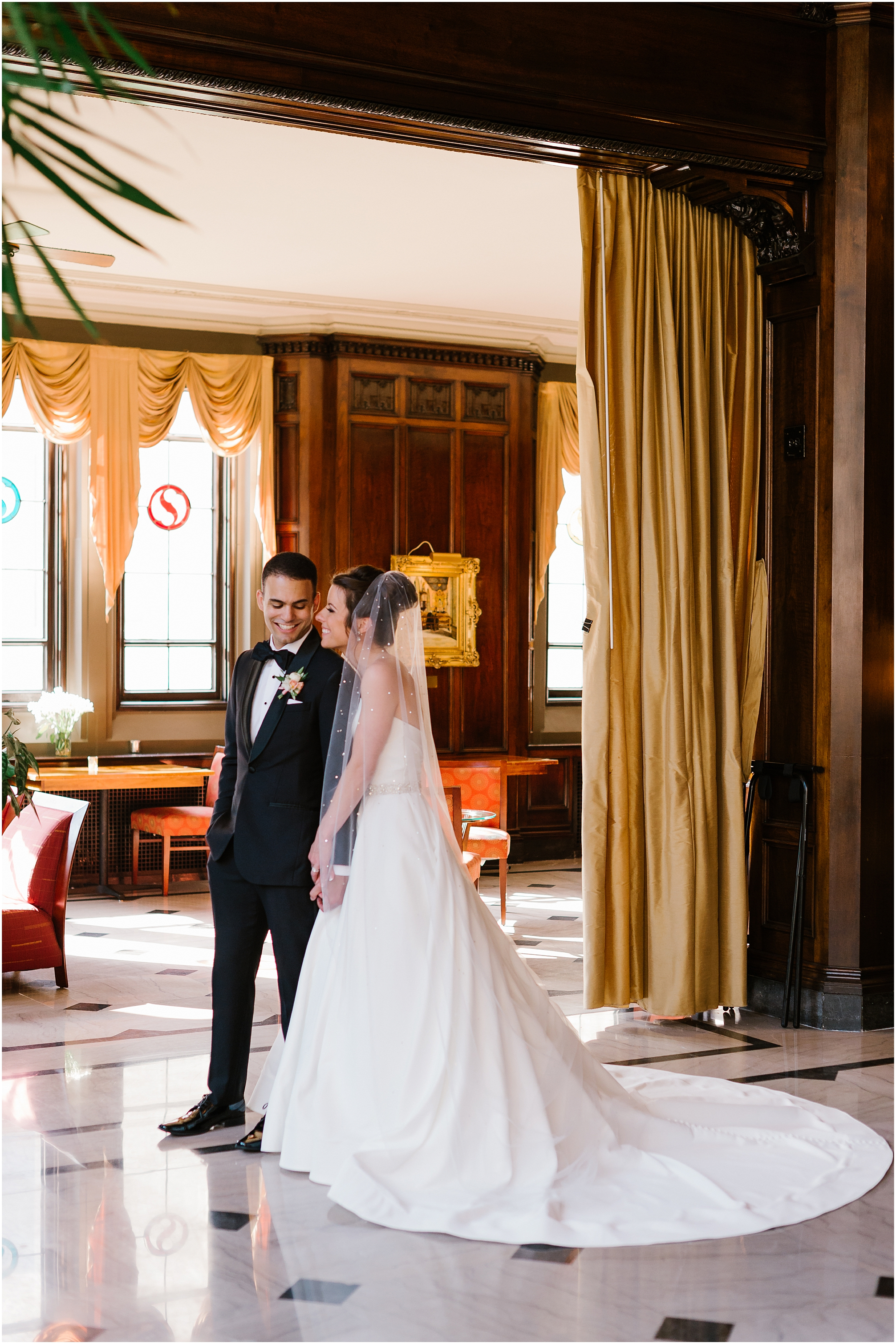 Rebecca Shehorn Photography Indianapolis Wedding Photographer Columbia Club Indianapolis Wedding_0317.jpg