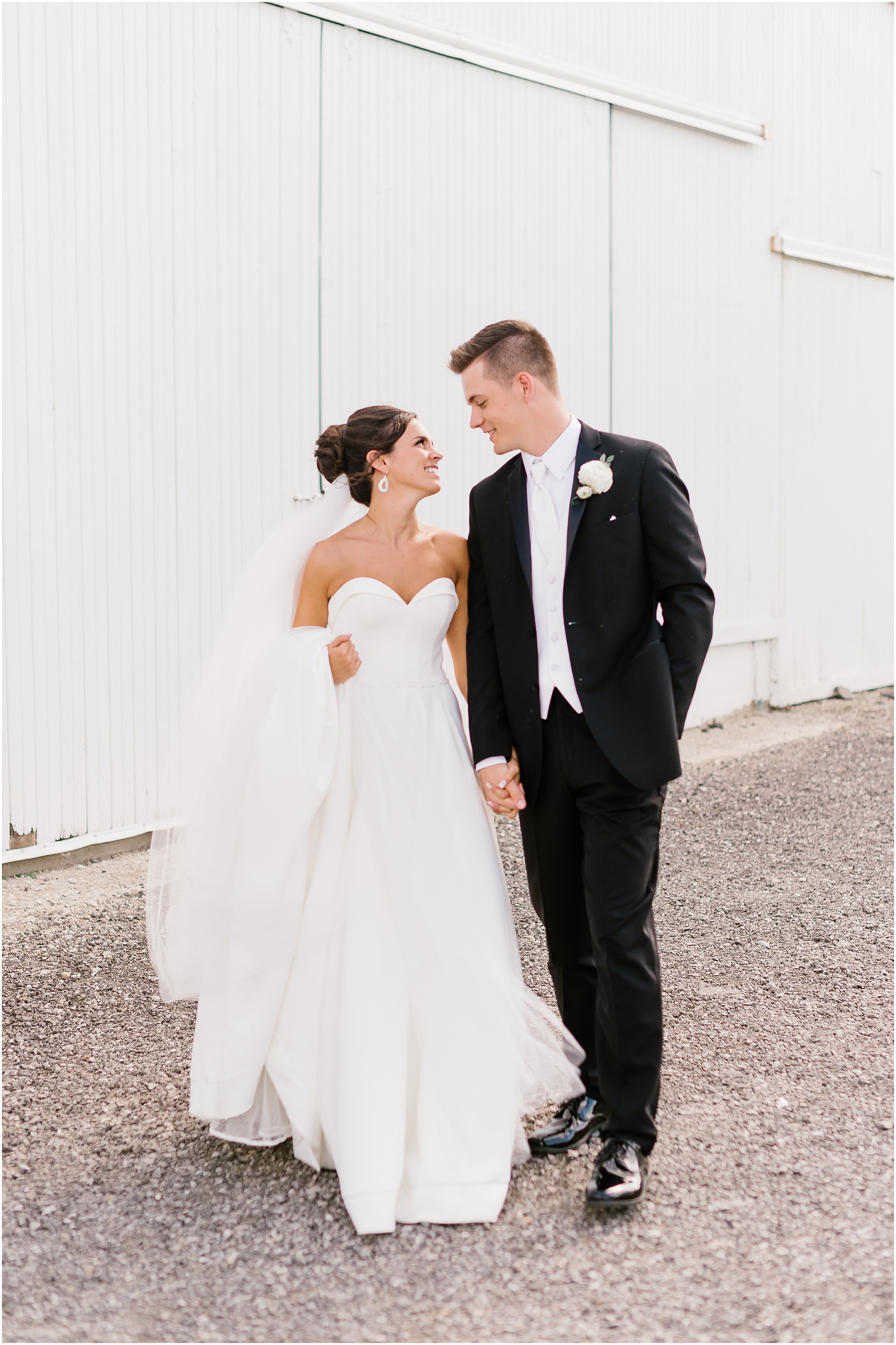 Rebecca Shehorn Photography Indianapolis Wedding Photographer White Willows Farms_0556.jpg