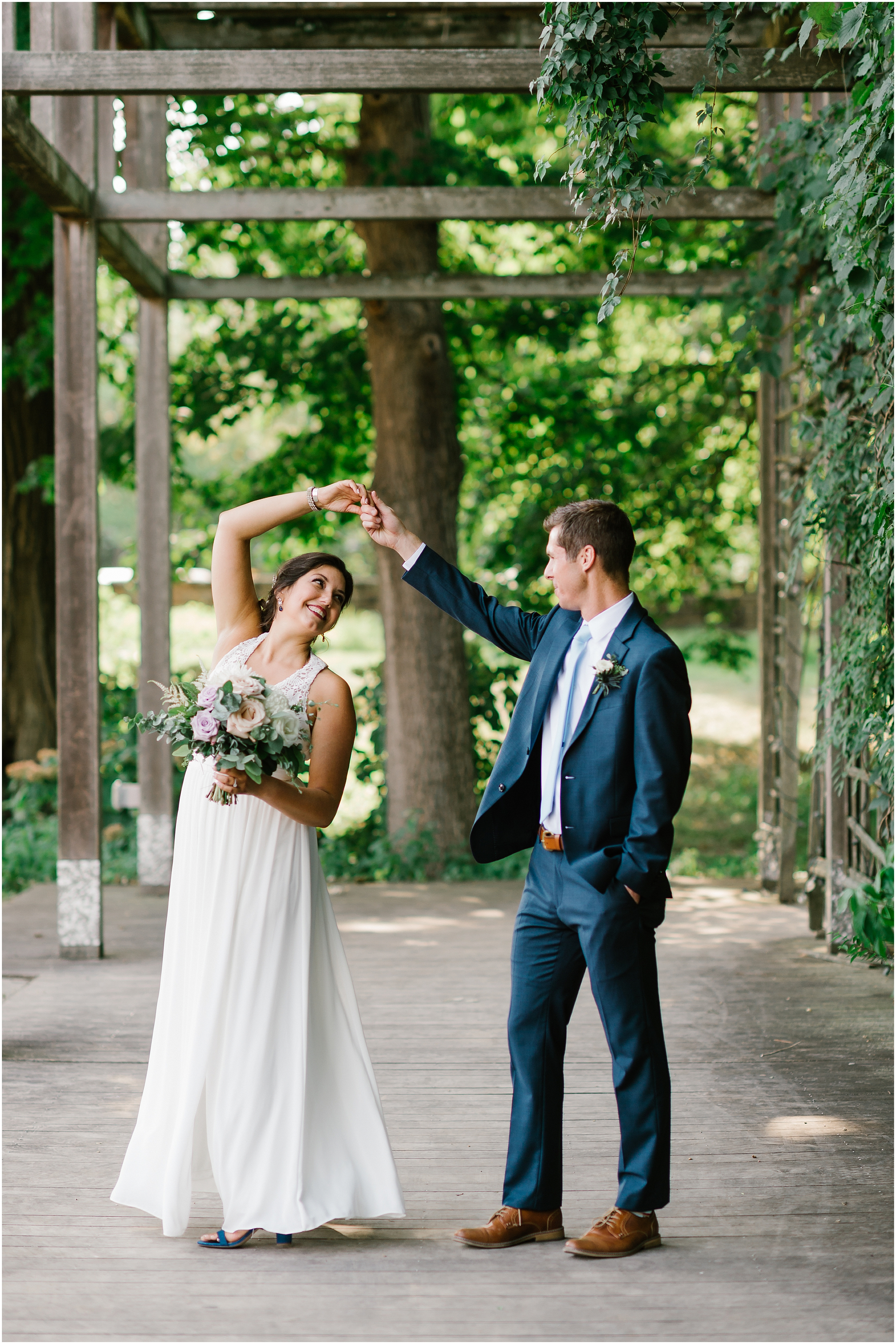 Rebecca Shehorn Photography Indianapolis Wedding Photographer Just Pop In Wedding_0638.jpg