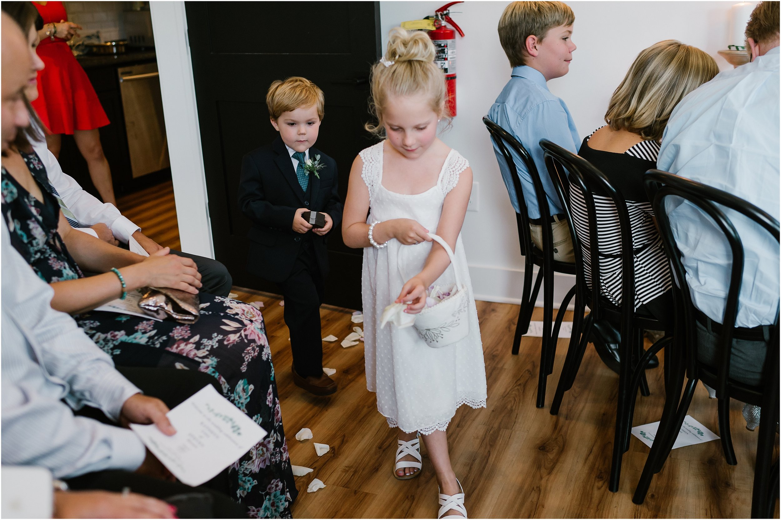Rebecca Shehorn Photography Indianapolis Wedding Photographer Just Pop In Wedding_0666.jpg