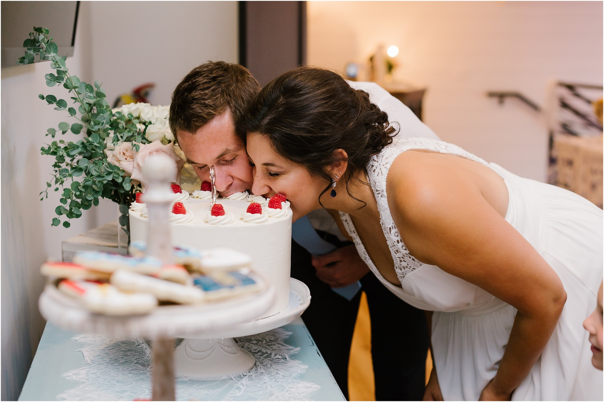 Rebecca Shehorn Photography Indianapolis Wedding Photographer Just Pop In Wedding_0693.jpg