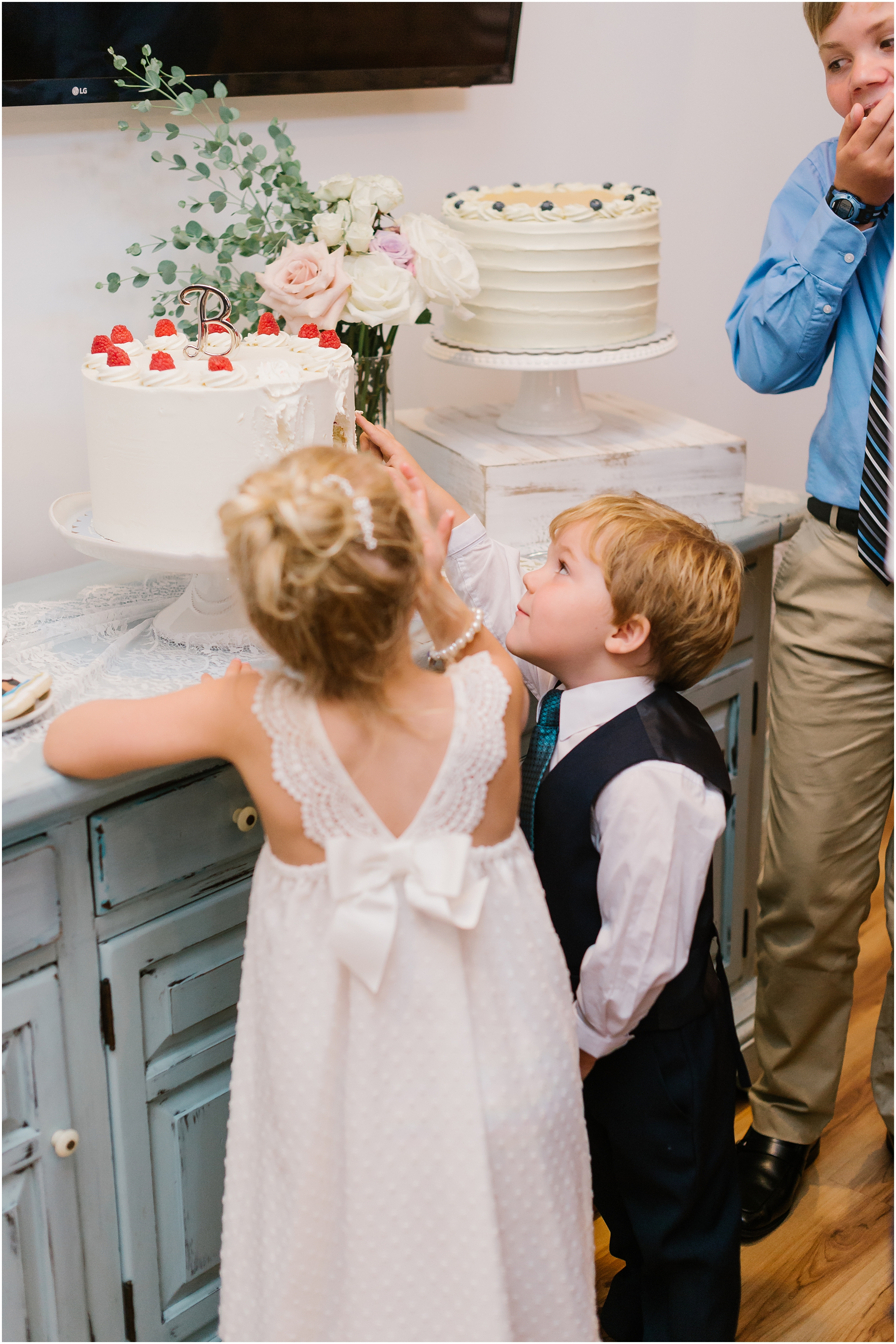 Rebecca Shehorn Photography Indianapolis Wedding Photographer Just Pop In Wedding_0695.jpg