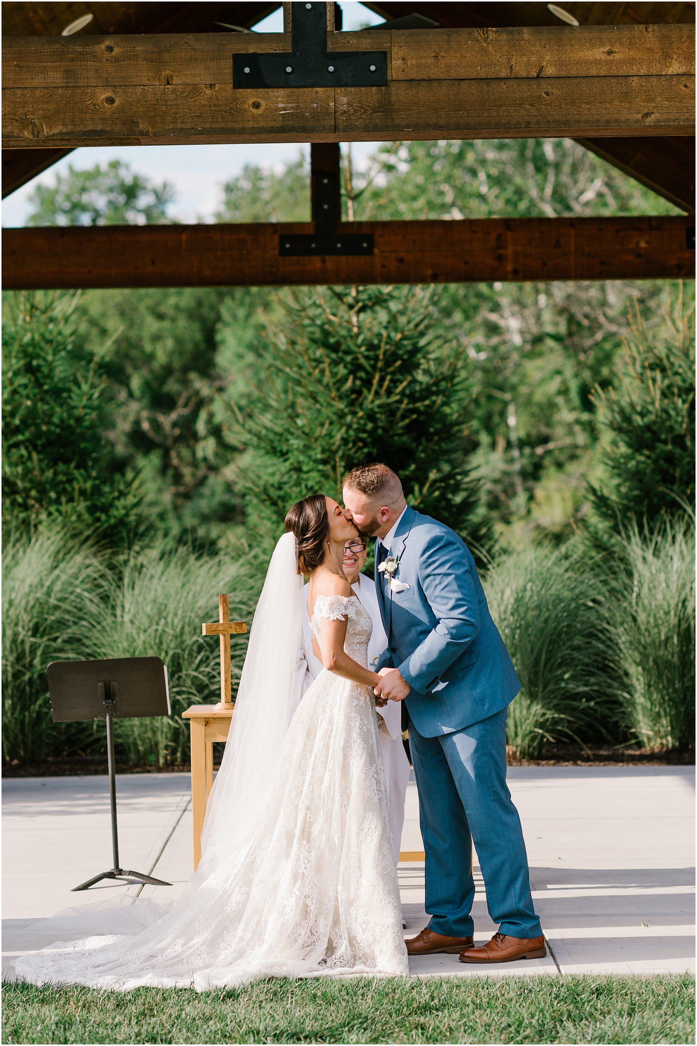 Rebecca Shehorn Photography Indianapolis Wedding Photographer Sycamore at Mallow Run_0744.jpg