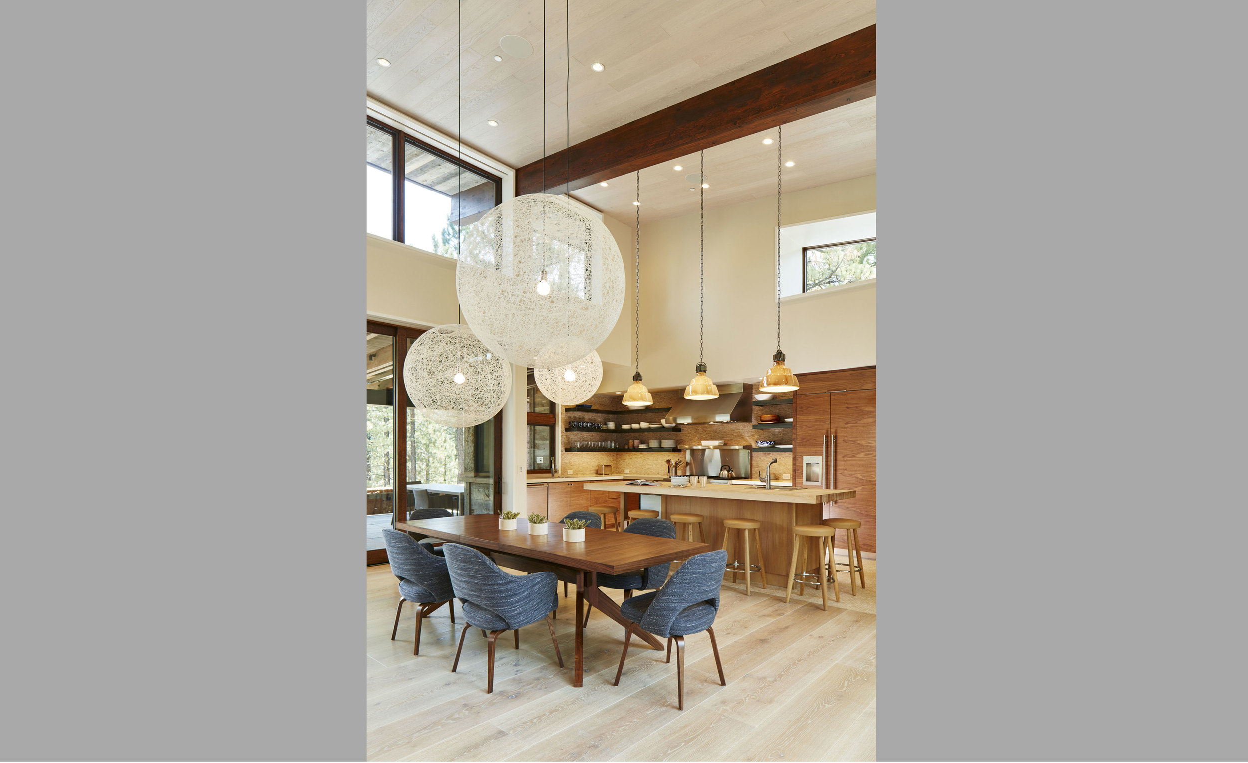 Contractor: Jeff Cotton Construction   Interior Design + Finishes: WaltonAE Photography: Russell Abraham Square Footage: 3,294 sf bedrooms: 3 bathrooms: 3.5
