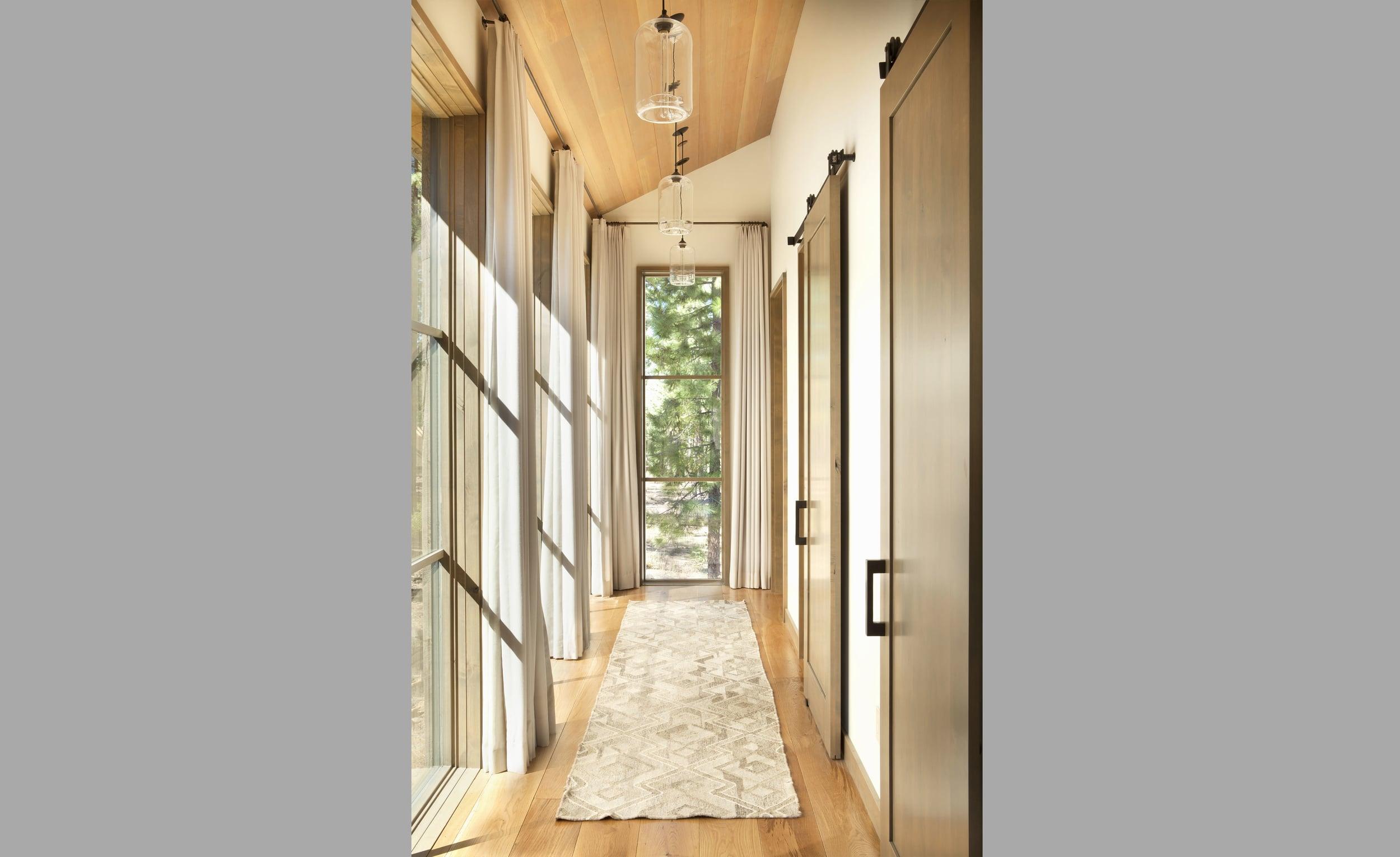 Contractor: Jim Morrison Construction   Interiors: Matt O'Dorisio Design + Decoration Photography: Gibeon Photography Square Footage: 5,978 sf bedrooms: 5 bathrooms: 5.5