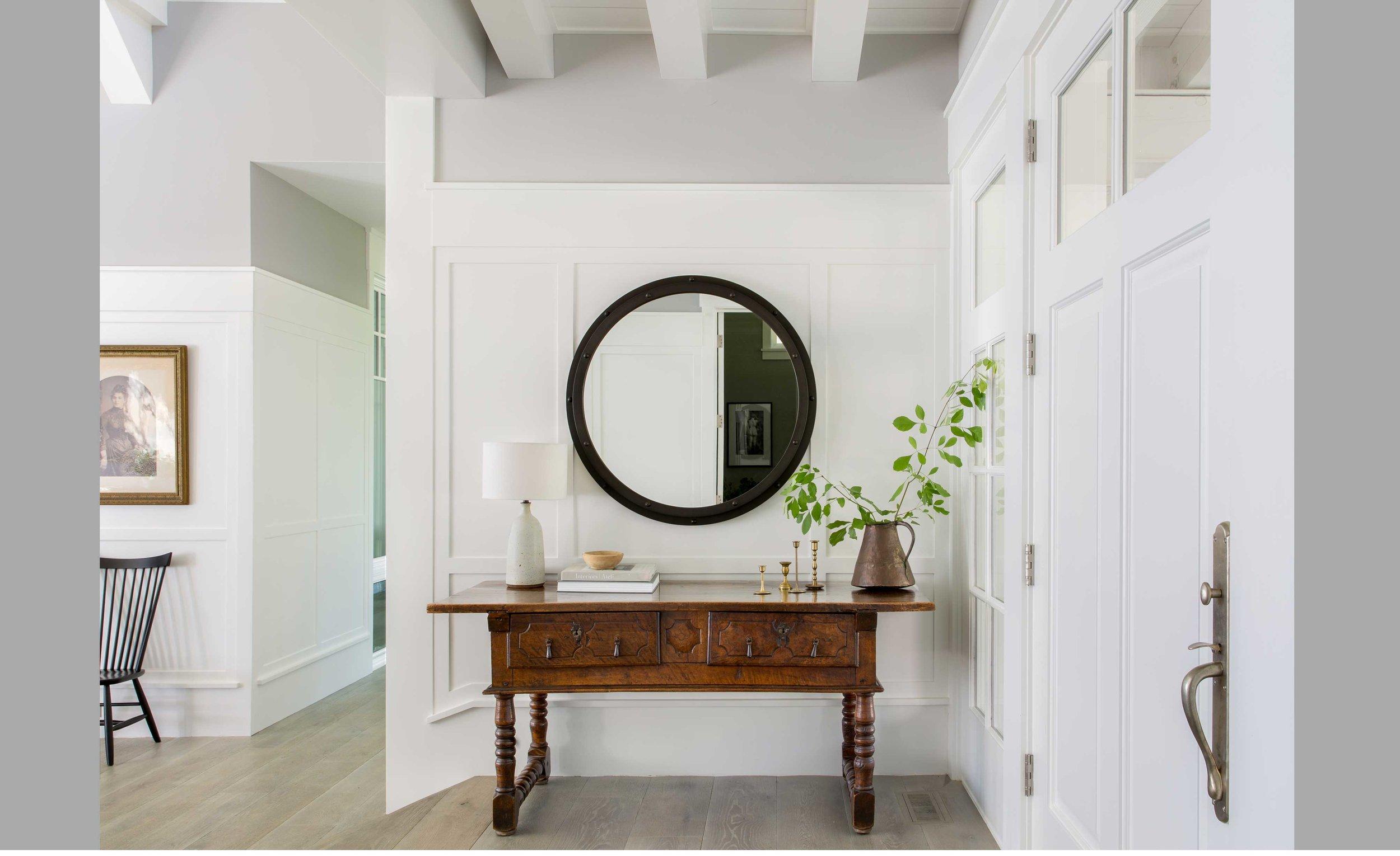 Contractor: Loverde Builders Interiors: Lauren Nelson Design + Walton Architecture + Engineering Photography: Kajsdfoa Square Footage: 10,524 sf bedrooms: 6 bathrooms: 6.5