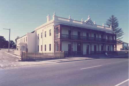The Royal Hotel, Mornington