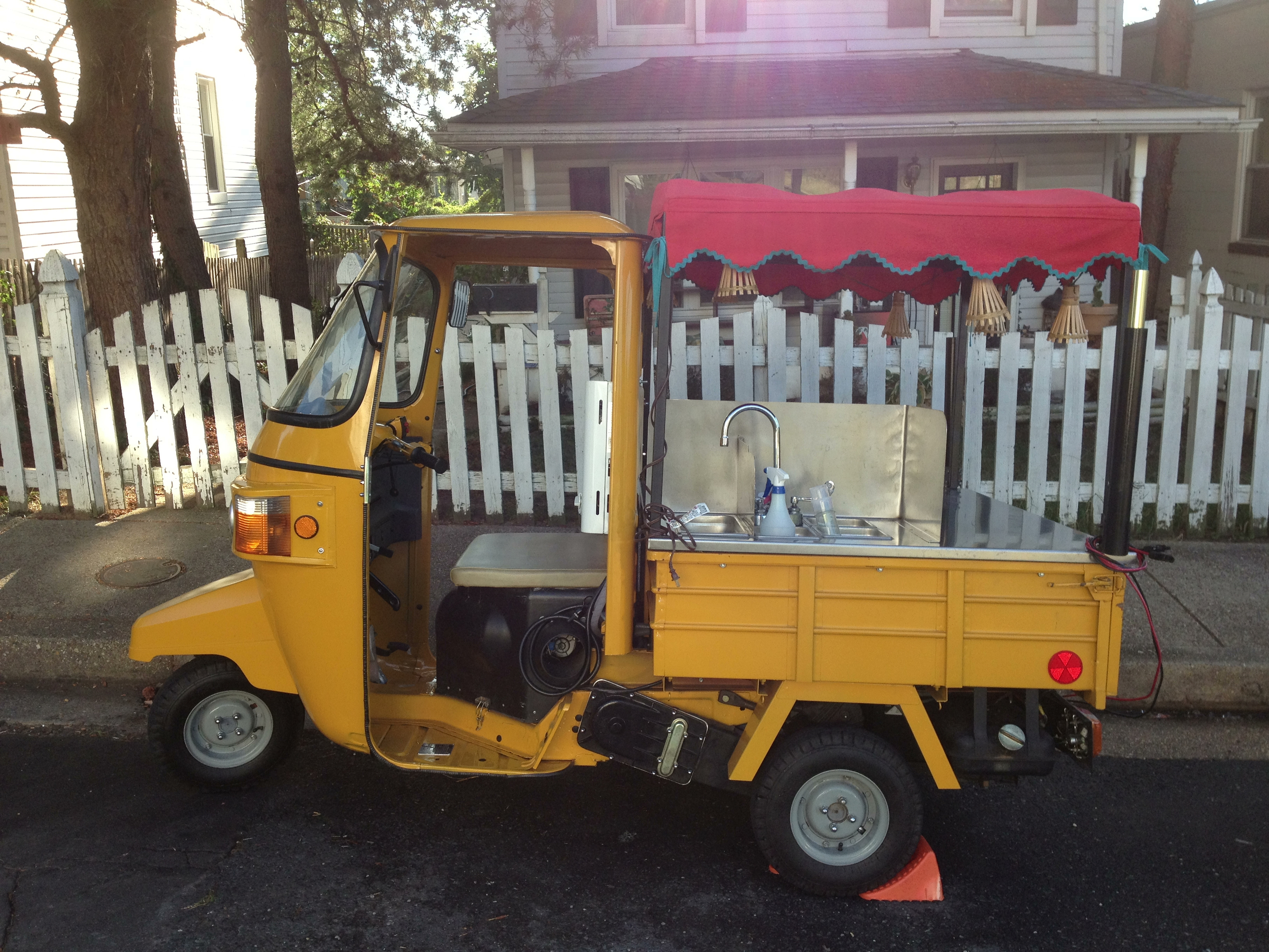A food truck-ette.