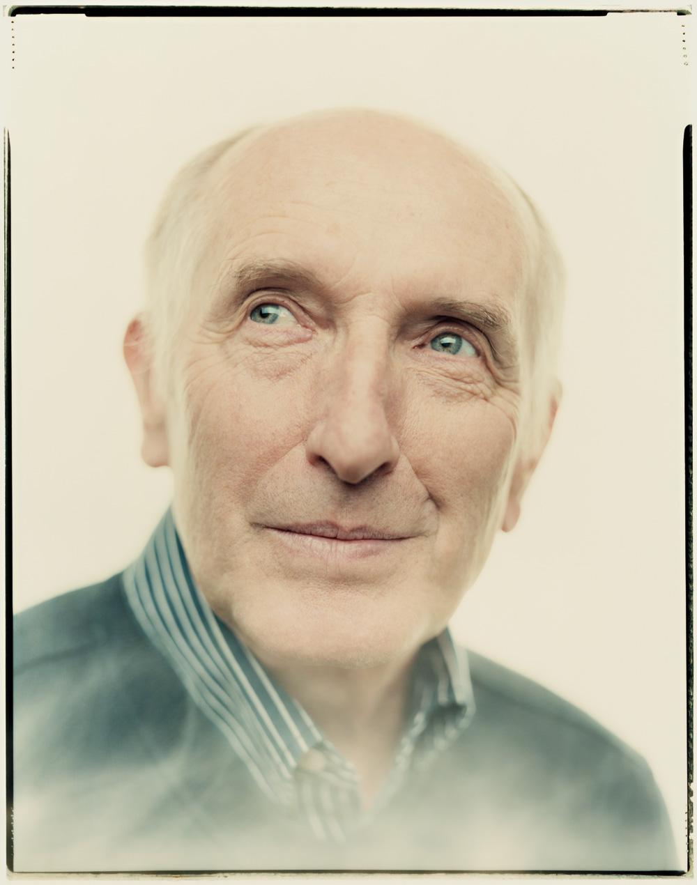 Vaclav Smil, as photographed by  Andreas Laszlo Konrath ,  via Wired .