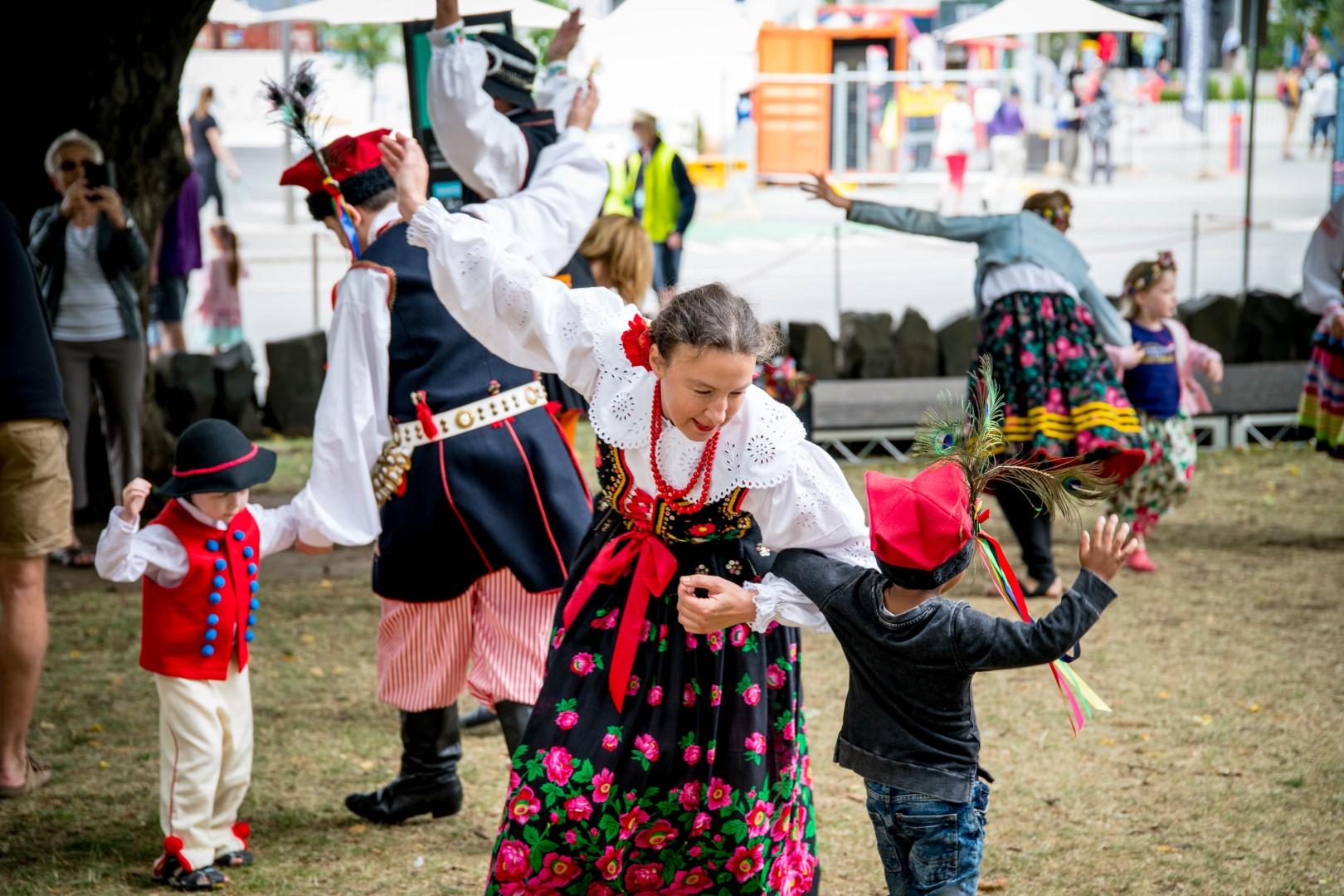Polish Dancing.jpg