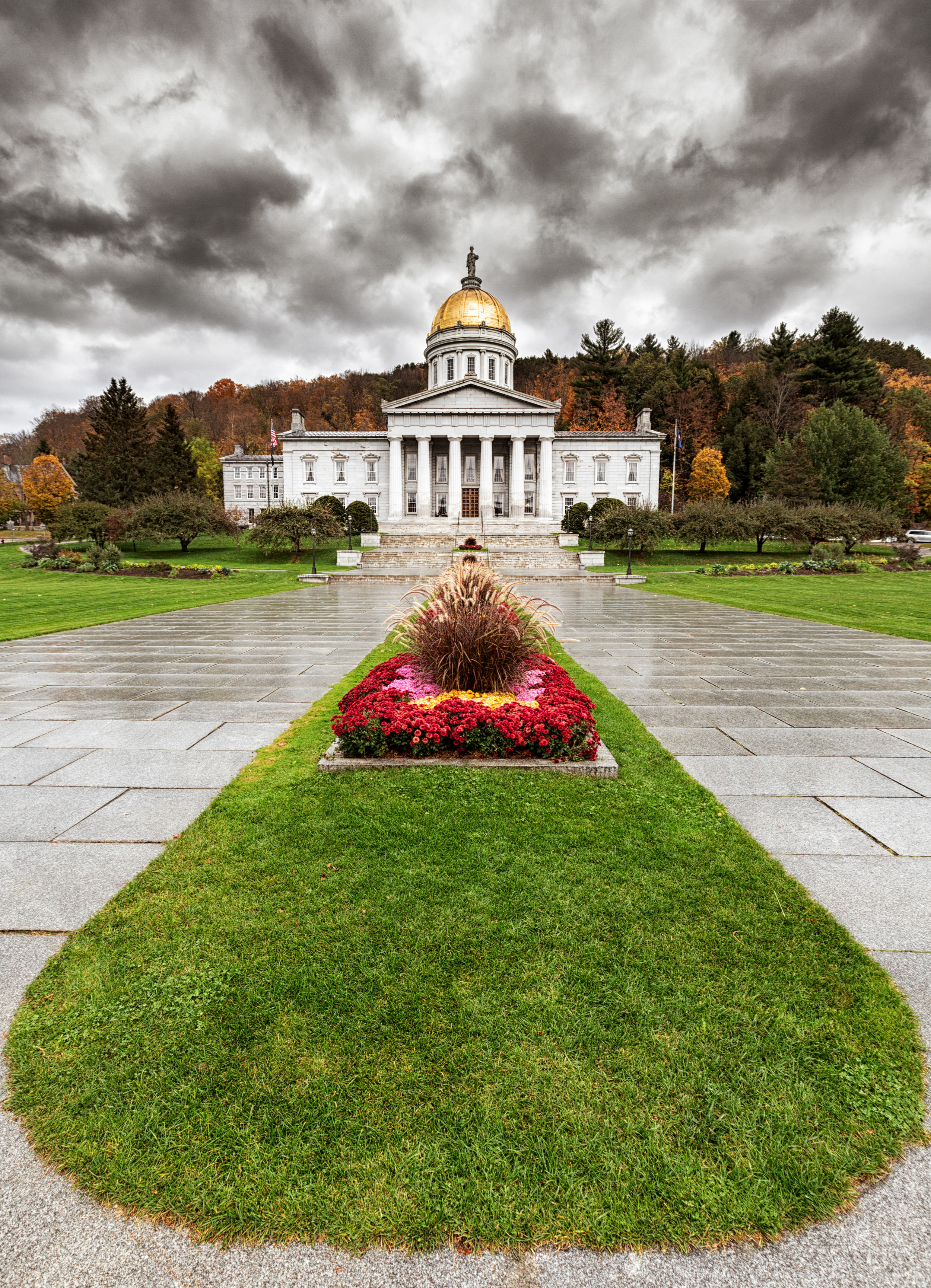 Vermont State House Vertical