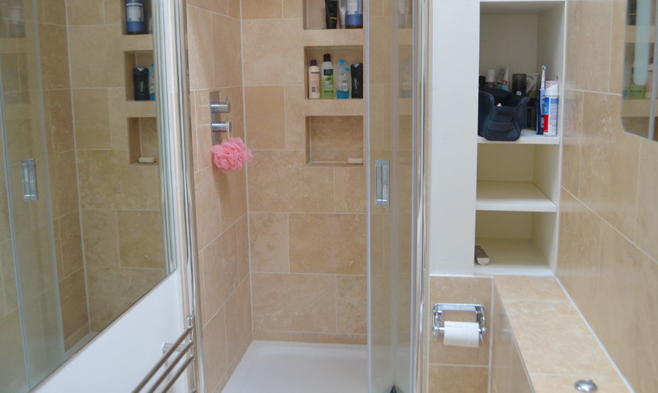 bathroom06.jpg