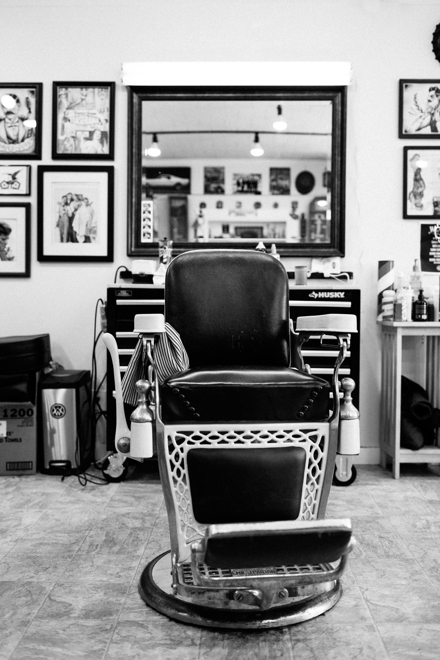 nickdinatale_wilfreds_barbershop (18 of 26).jpg