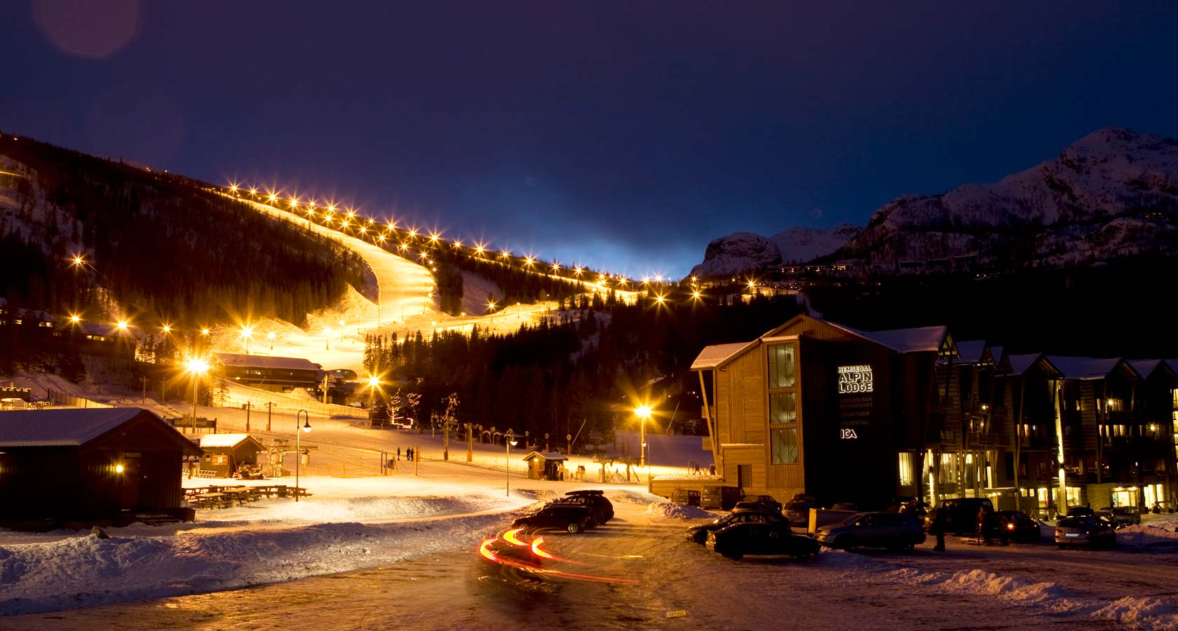 Alpine-village-night.jpg