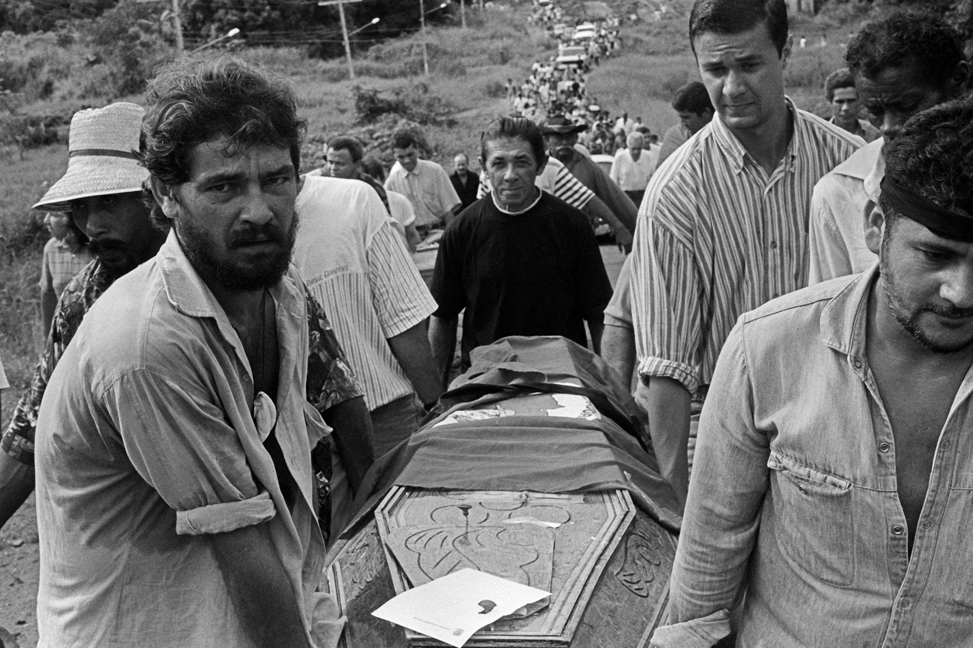 Massacre de Eldorado dos Carajás, Pará 1996 • Crédito: João Roberto Ripper