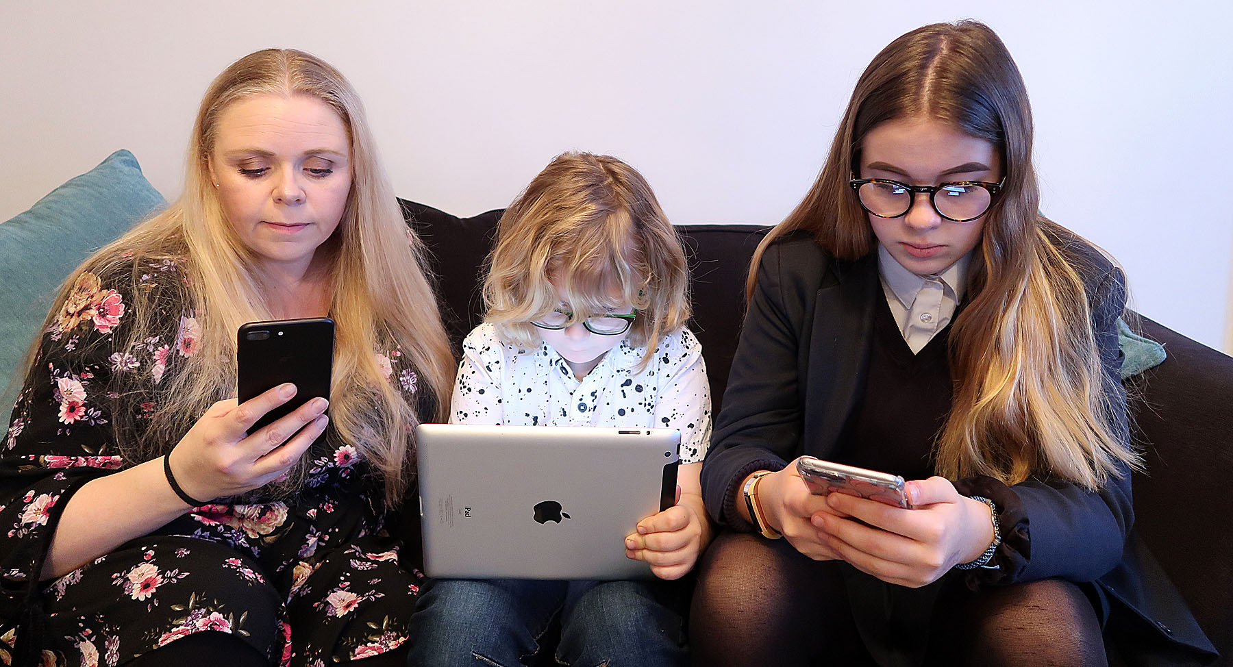 I know I need to set an example for my children when using my devices