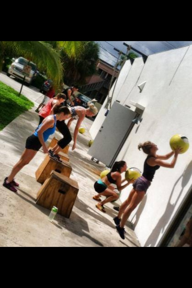 CrossFit HYPE / HYPE Weightlifting, elite fitness in east boca raton. Closest gym to Mizner Park and Palmetto Park Beach.