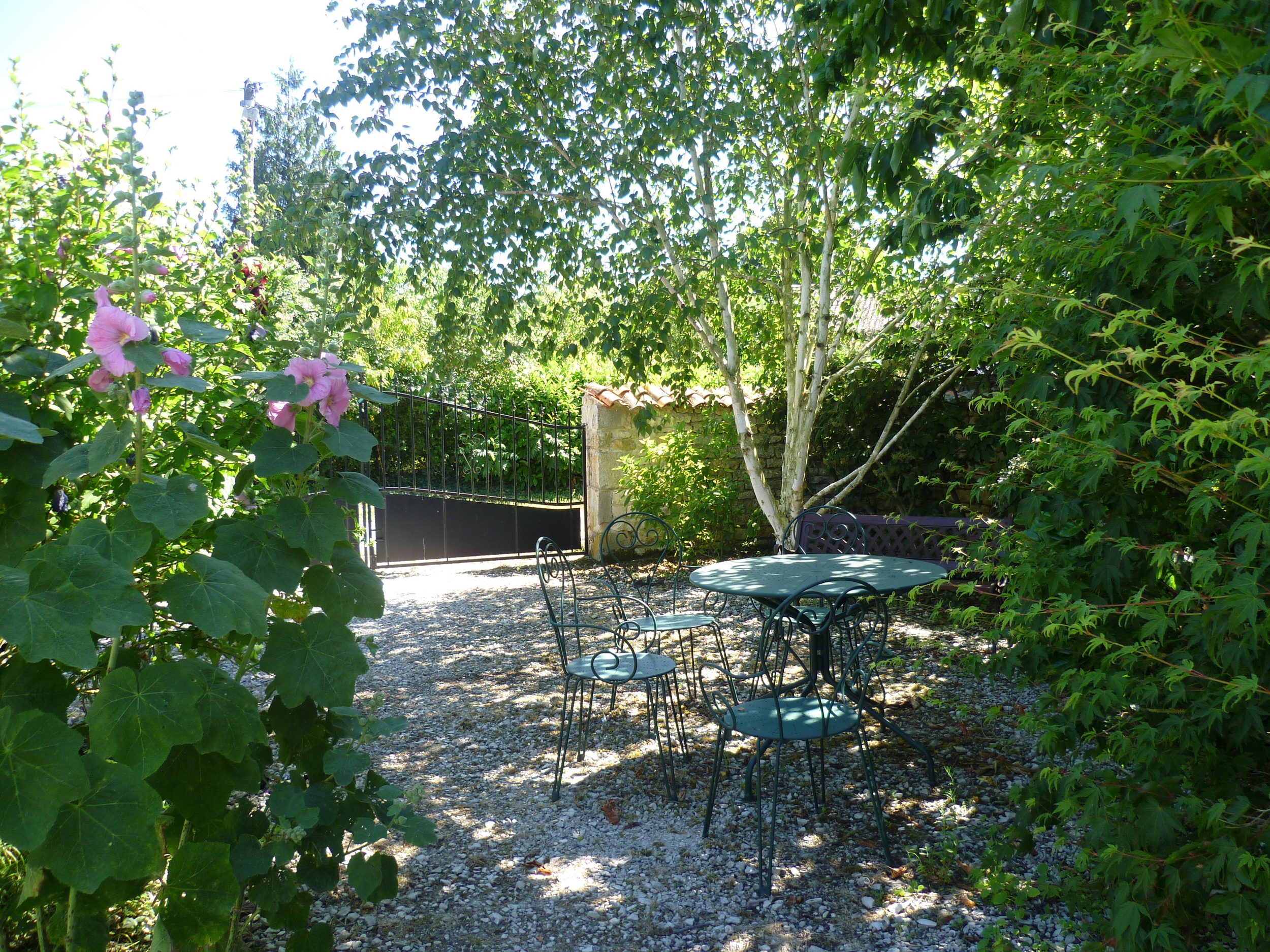 Dove Cottage Patio.jpg