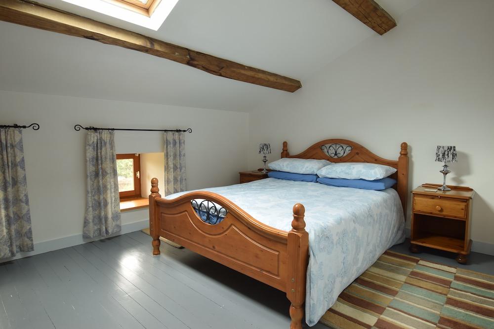 Lark Bedroom 2.jpg
