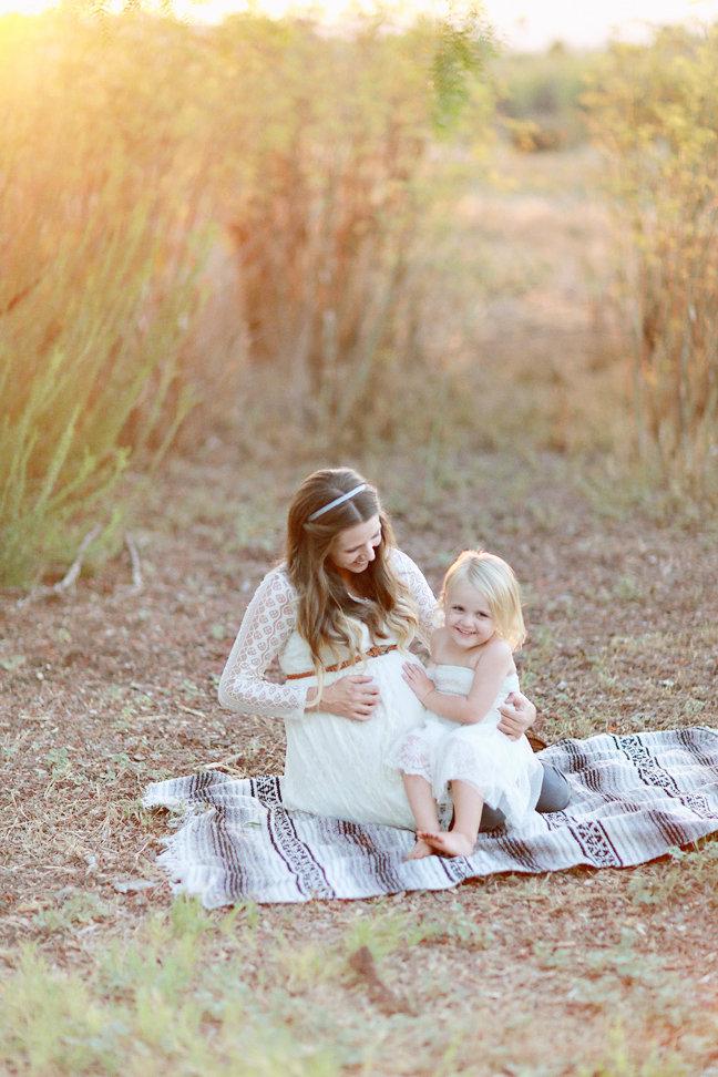 maternity-photos-brookealiceonphotography-needlesandleaves-net.jpg