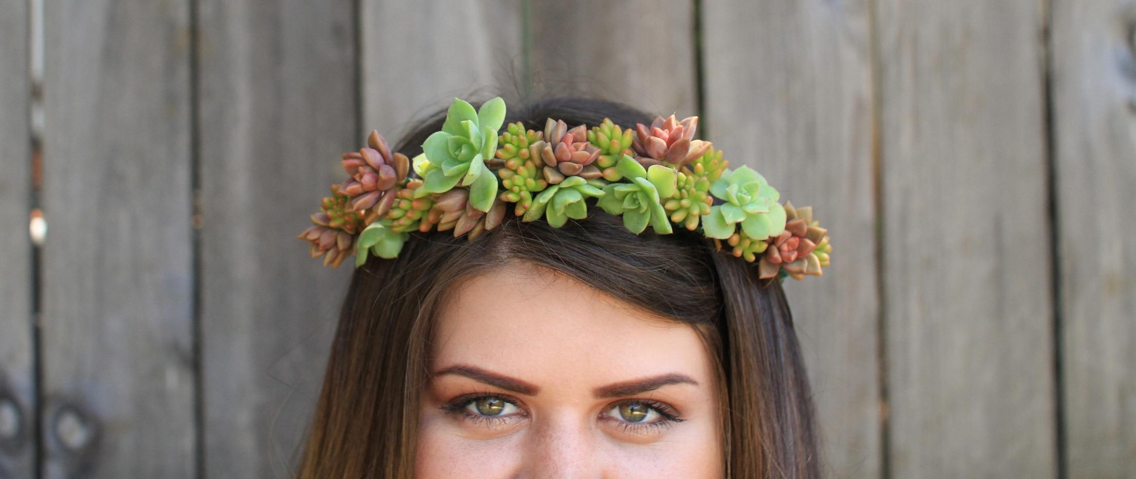 succulent-crown-succulents-maternity-photography-tayia-rae-photos-needlesandleaves_net.jpg