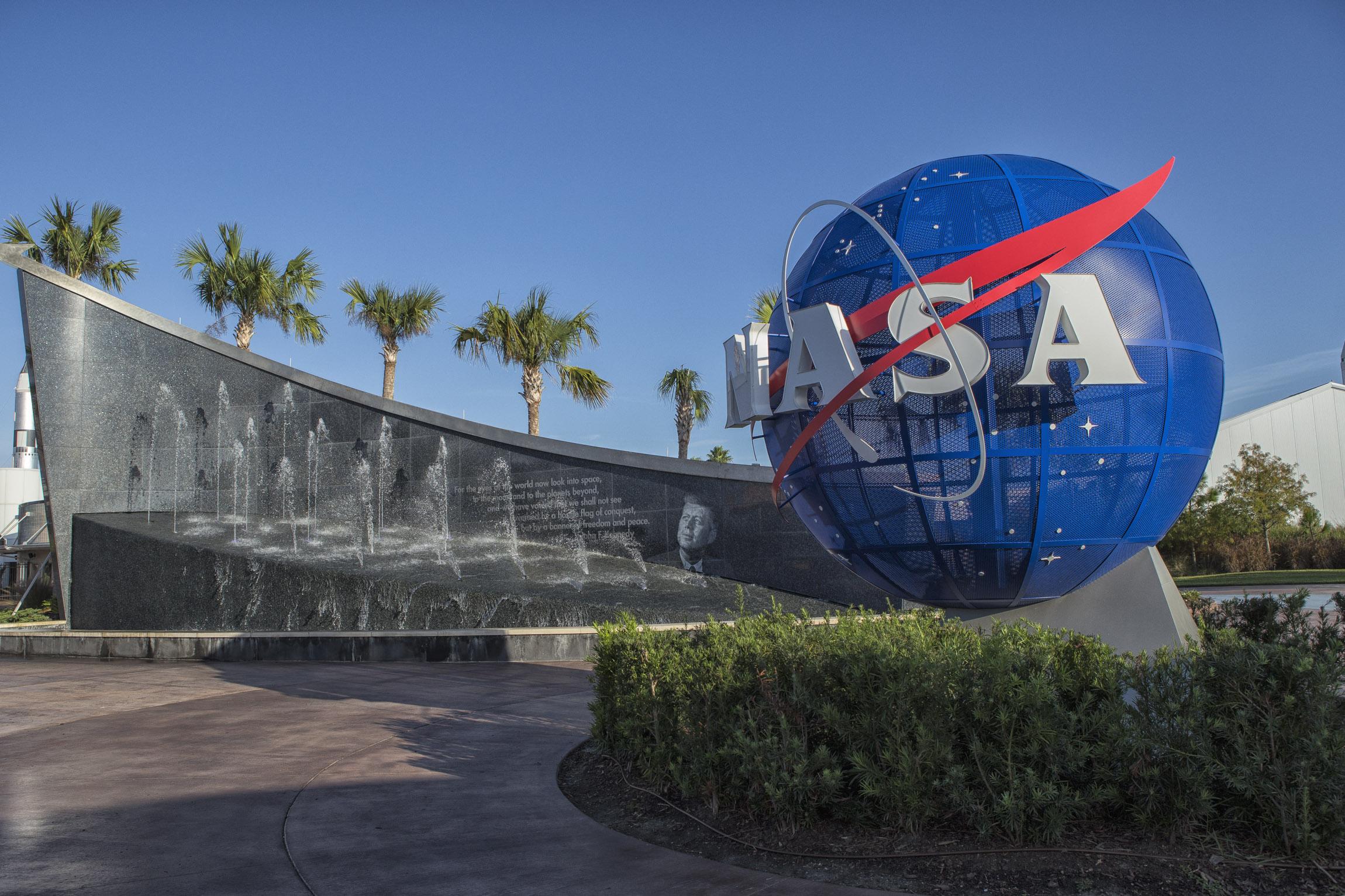 Kennedy Space Center-2.jpg