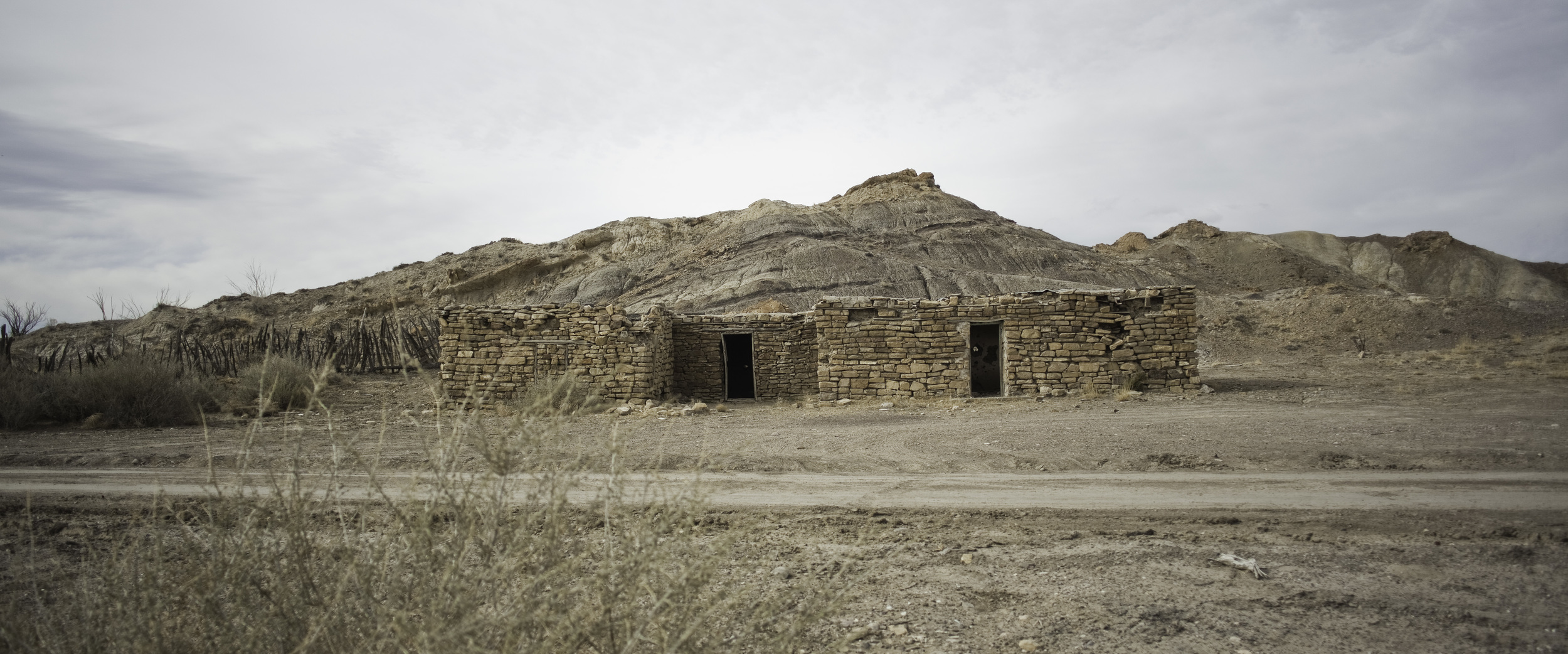 A wider view of the hut